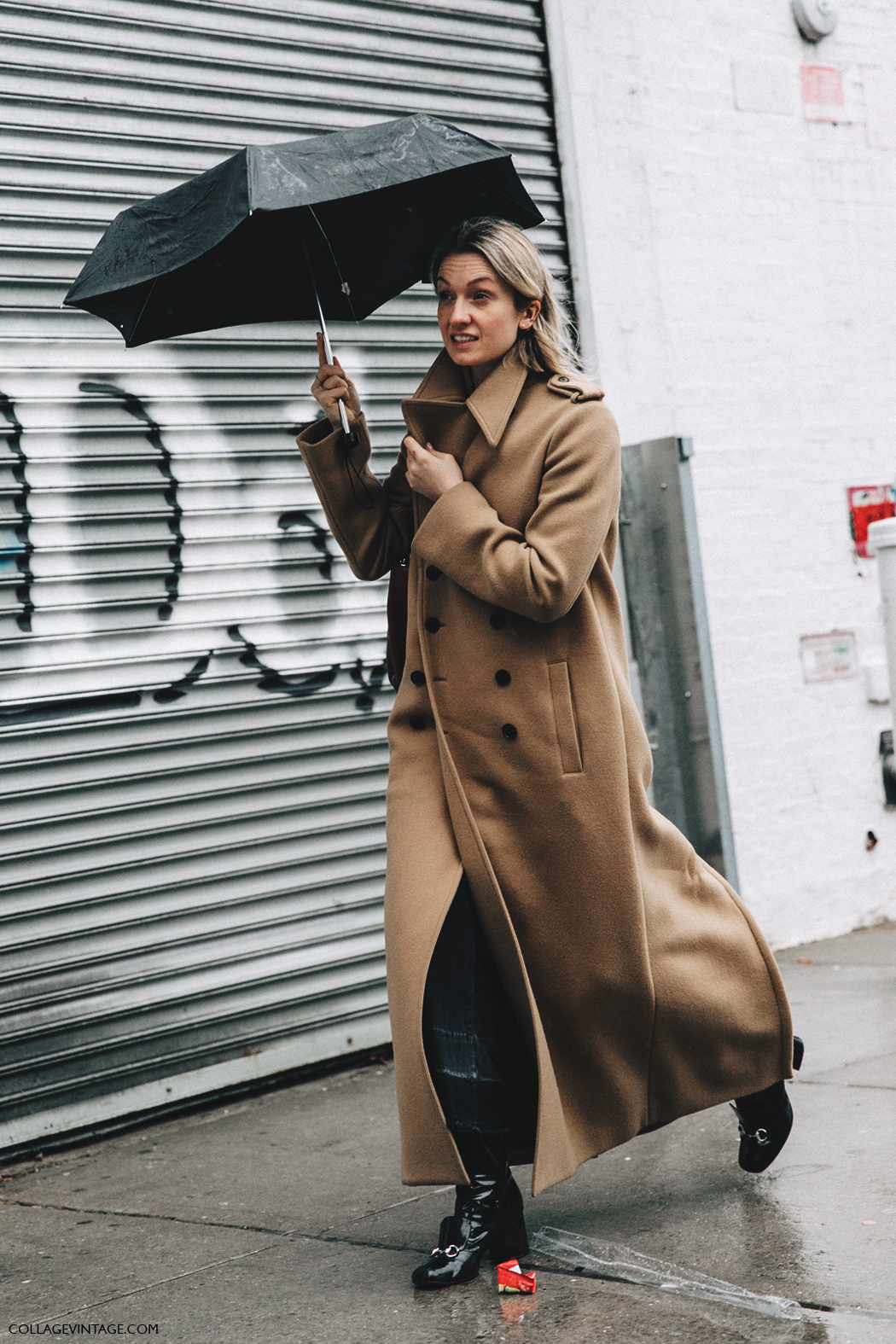 NYFW-New_York_Fashion_Week-Fall_Winter-17-Street_Style-Maxi_Camel_Coat-Gucci_Boots-2