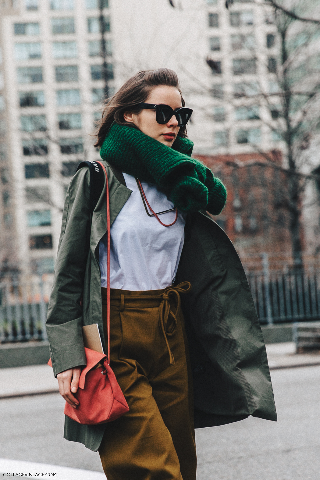 NYFW-New_York_Fashion_Week-Fall_Winter-17-Street_Style-Maxi_Scarf-Trench-