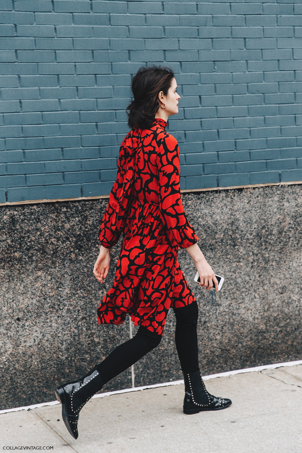 NYFW-New_York_Fashion_Week-Fall_Winter-17-Street_Style-Red_Dress-Michael_Kors-