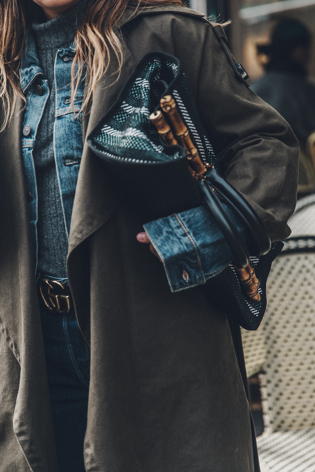 Layers-Denim_Levis-Parka-Striiped_Basket-Outfit-Celine_Boots-Street_Style-5