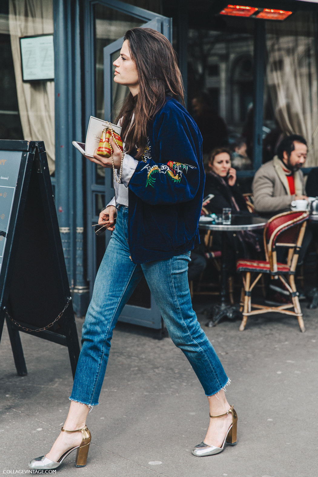 PFW-Paris_Fashion_Week_Fall_2016-Street_Style-Collage_Vintage-Alessandra-_Codinha-Velvet_Bomber-1