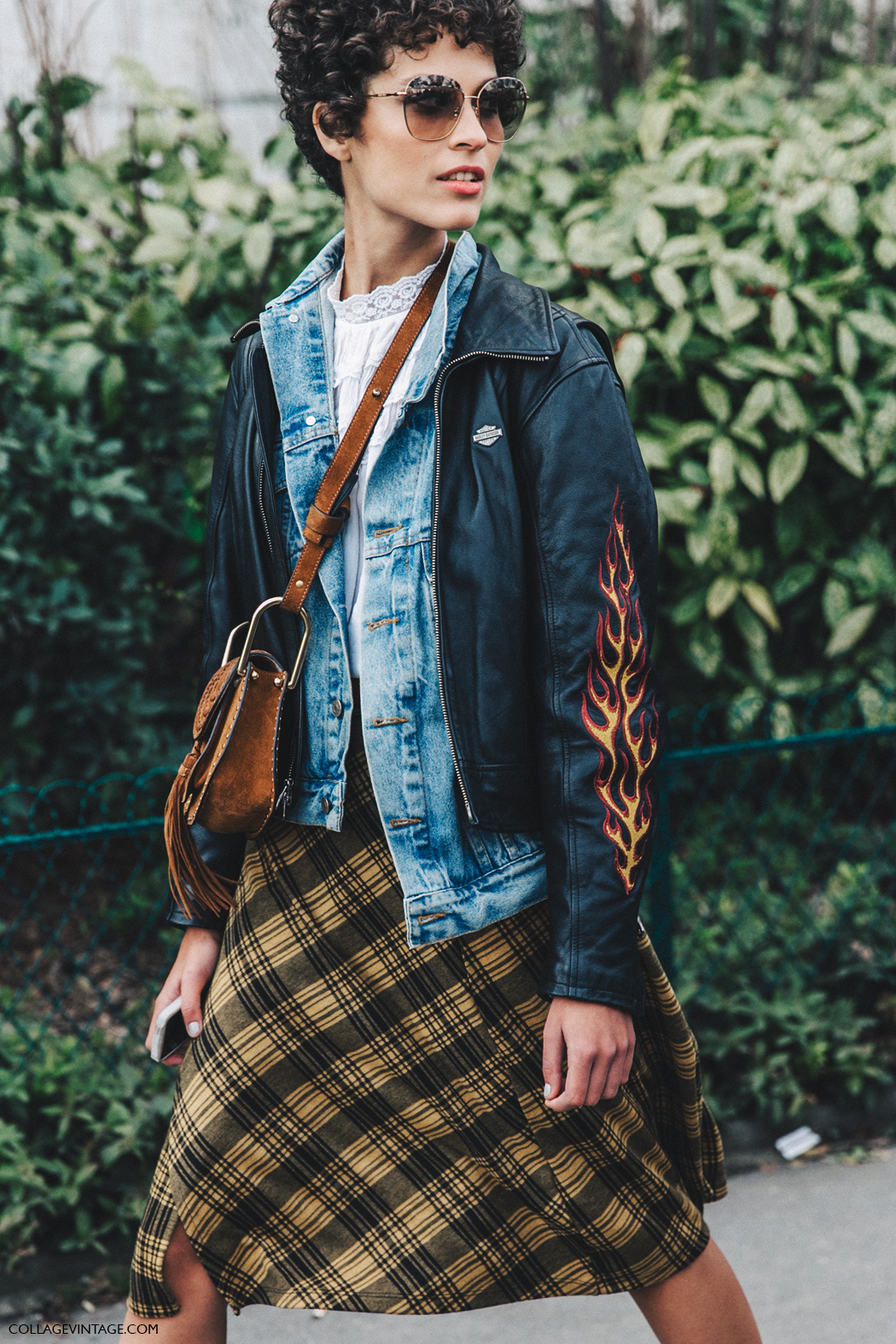 PFW-Paris_Fashion_Week_Fall_2016-Street_Style-Collage_Vintage-Biker_Jacket-Chloe_Bag-2