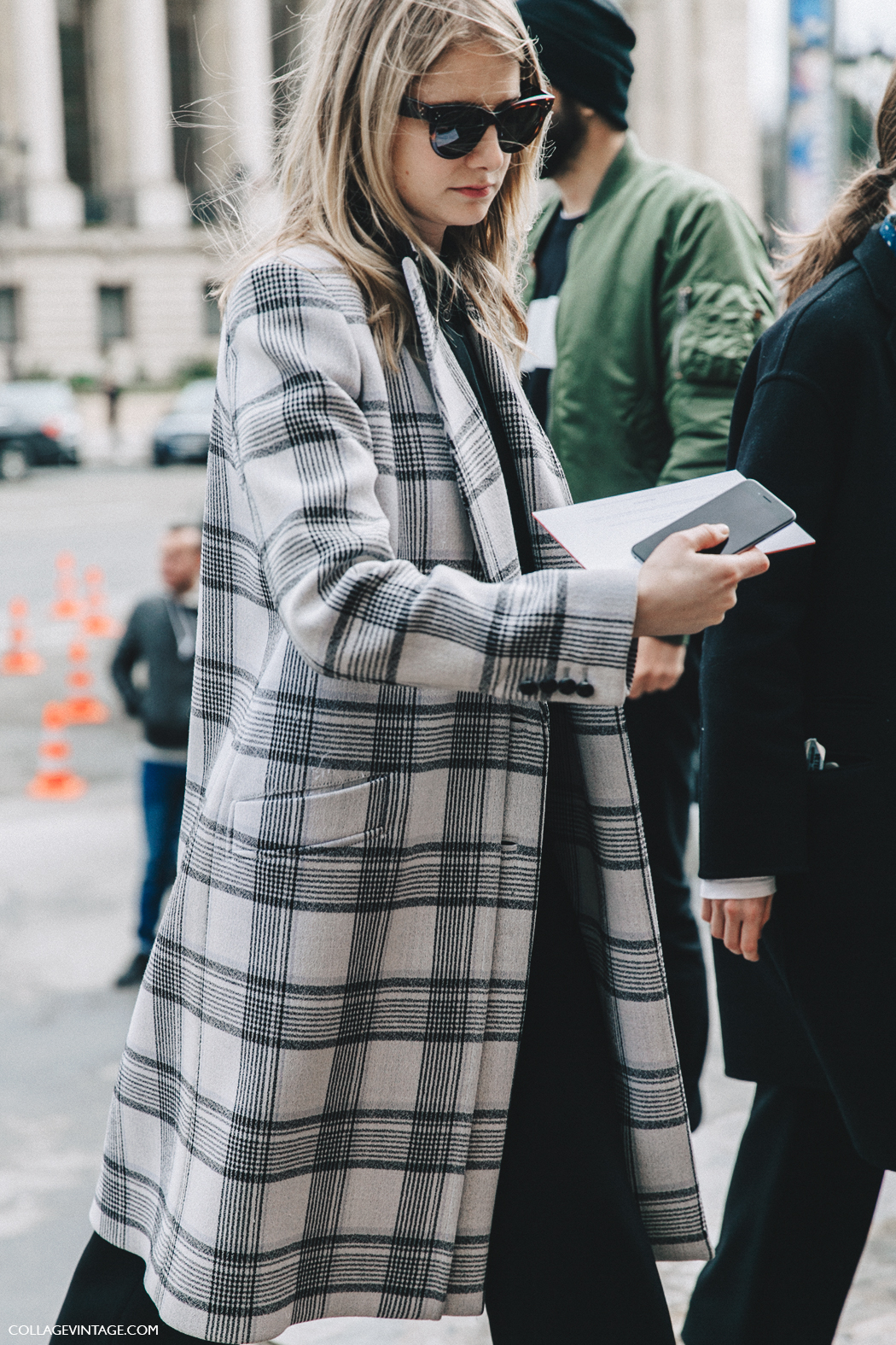 PFW-Paris_Fashion_Week_Fall_2016-Street_Style-Collage_Vintage-Checked_Coat-
