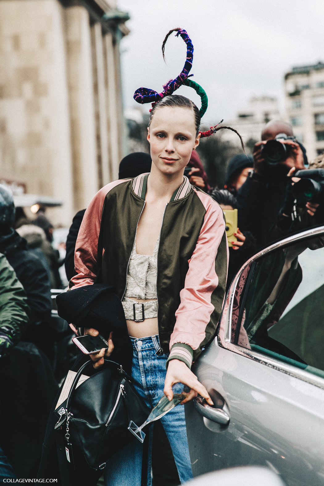 PFW-Paris_Fashion_Week_Fall_2016-Street_Style-Collage_Vintage-Edie_Campbell-Bomber-3