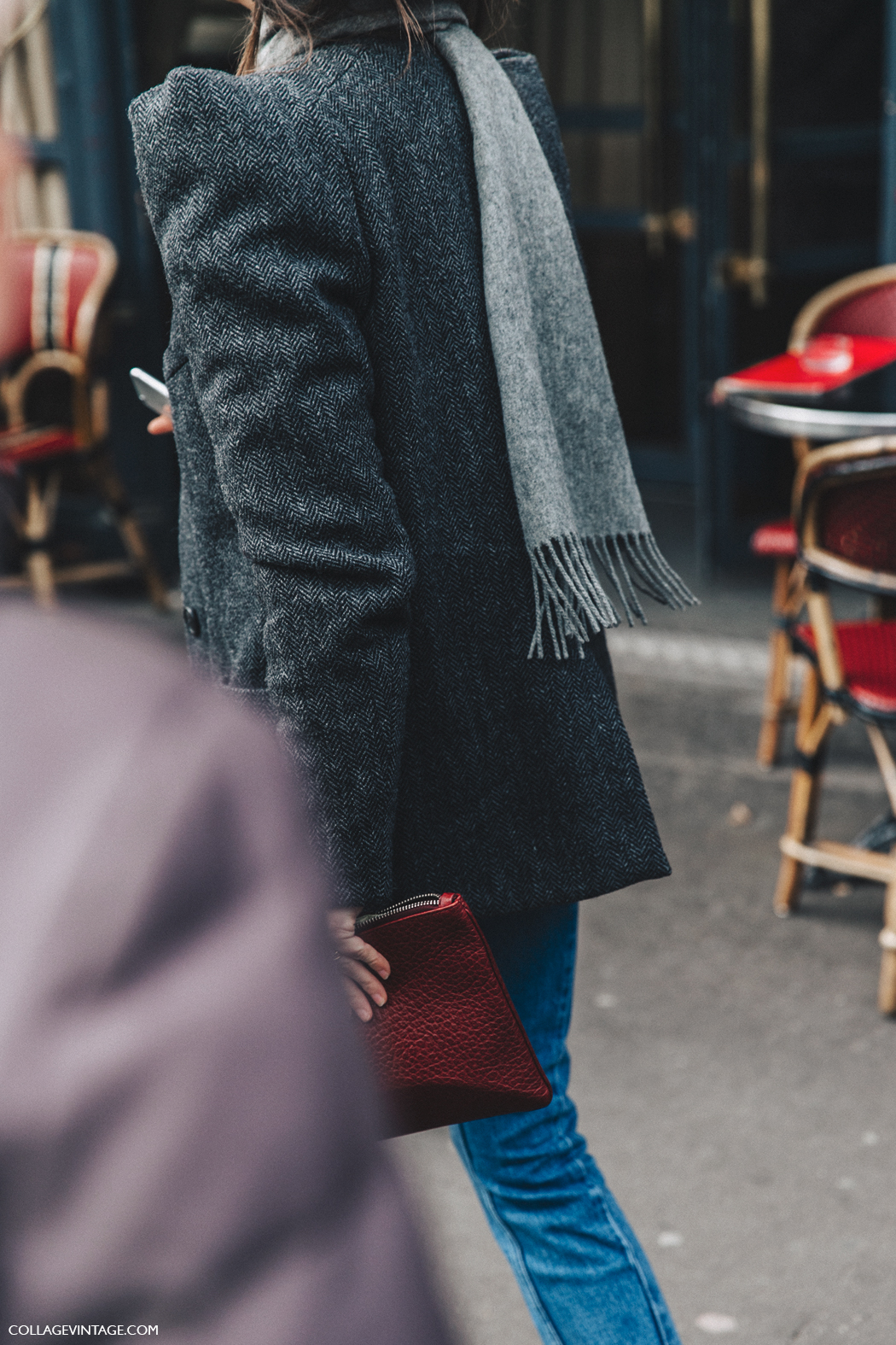 PFW-Paris_Fashion_Week_Fall_2016-Street_Style-Collage_Vintage-Grey_Blazer-Red_Clutch-2