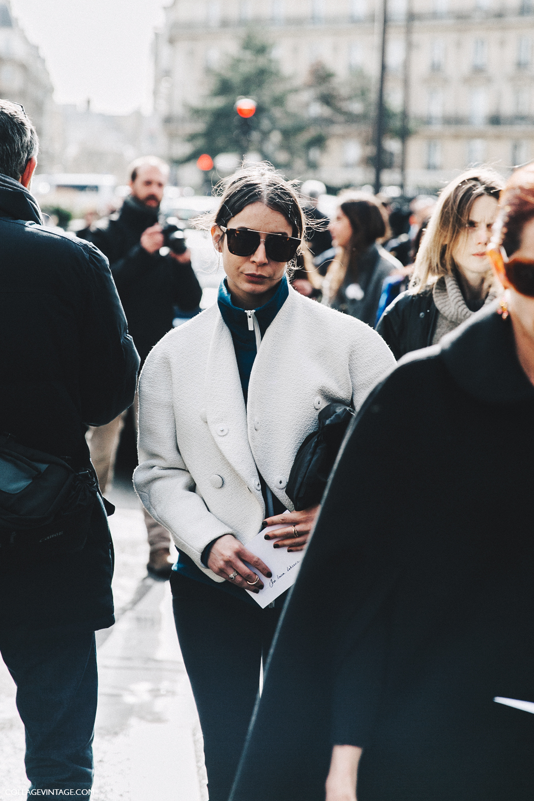 PFW-Paris_Fashion_Week_Fall_2016-Street_Style-Collage_Vintage-Irina-Lakicevik