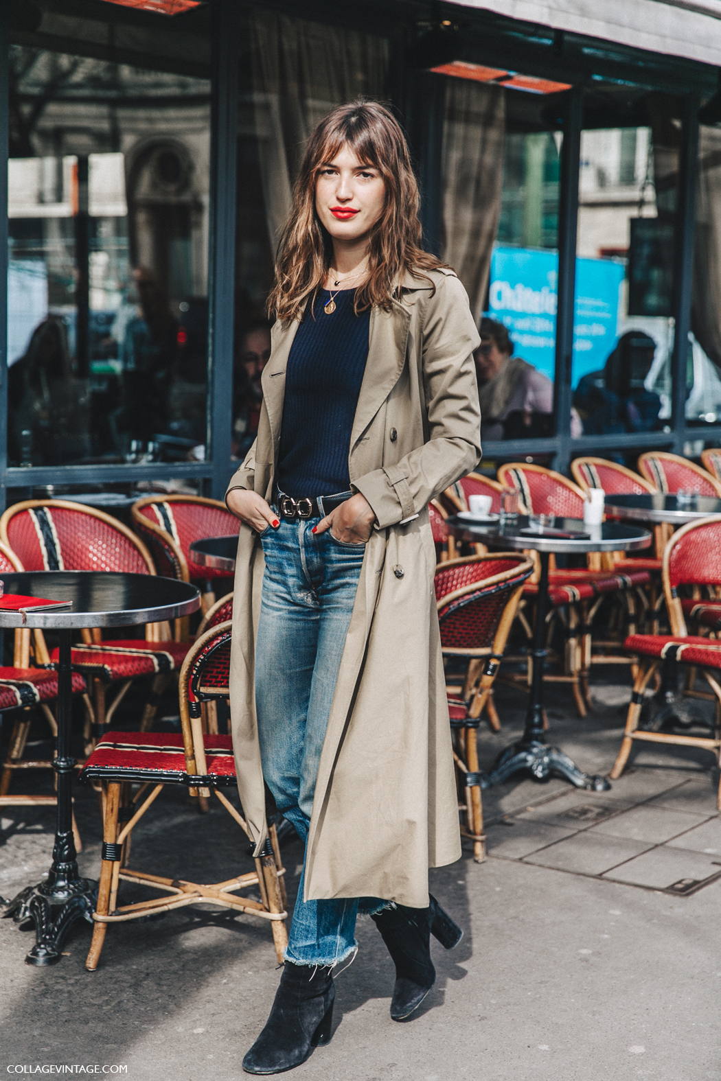 PFW-Paris_Fashion_Week_Fall_2016-Street_Style-Collage_Vintage-Jeanne_Damas-Trench_Coat-Velvet_Booties-1