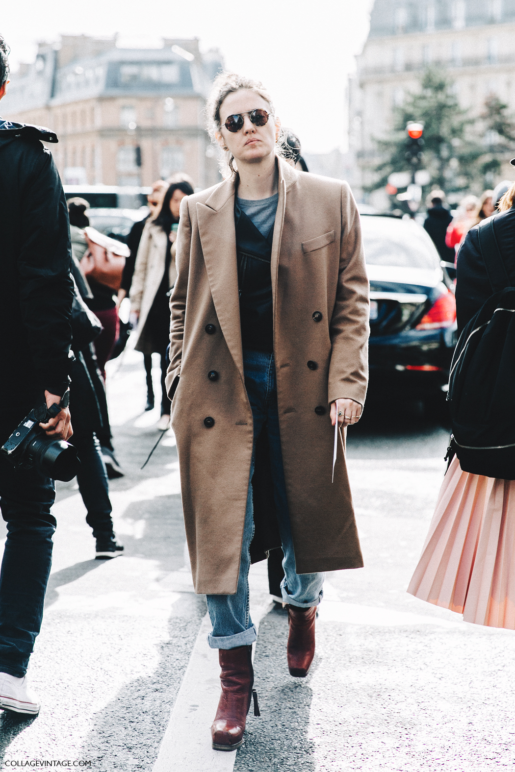 PFW-Paris_Fashion_Week_Fall_2016-Street_Style-Collage_Vintage-Layers-Camel_Coat-Biker-