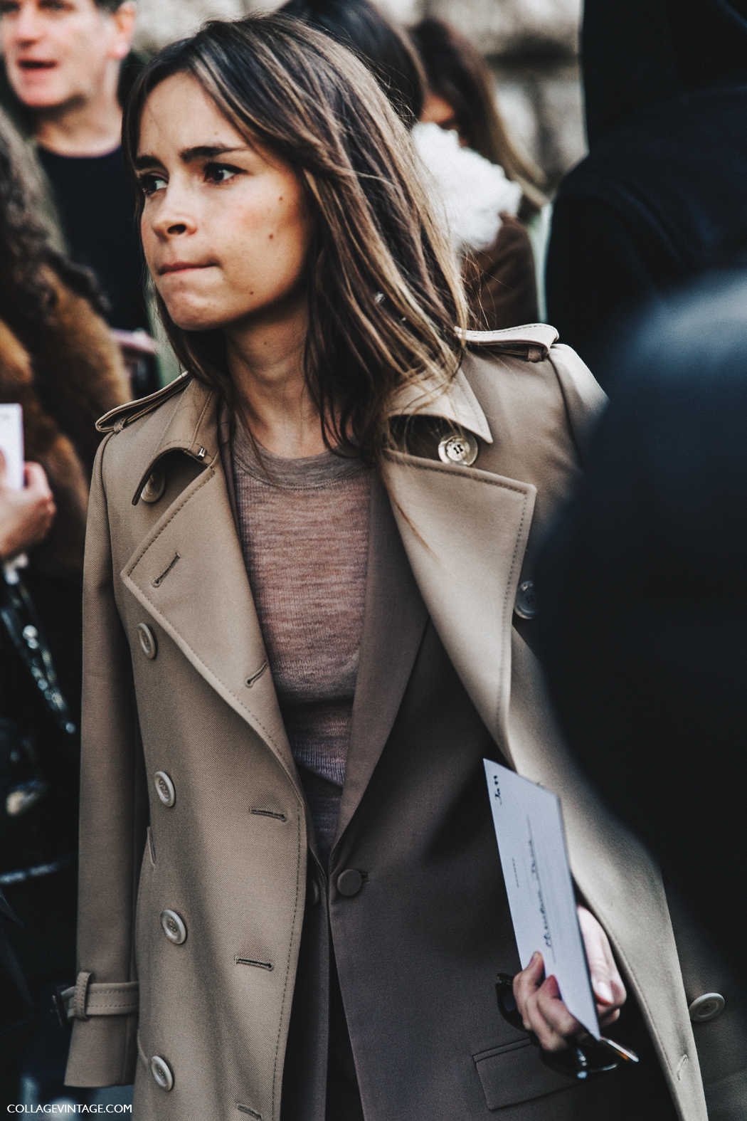 PFW-Paris_Fashion_Week_Fall_2016-Street_Style-Collage_Vintage-Miroslava_Duma-Camel-2