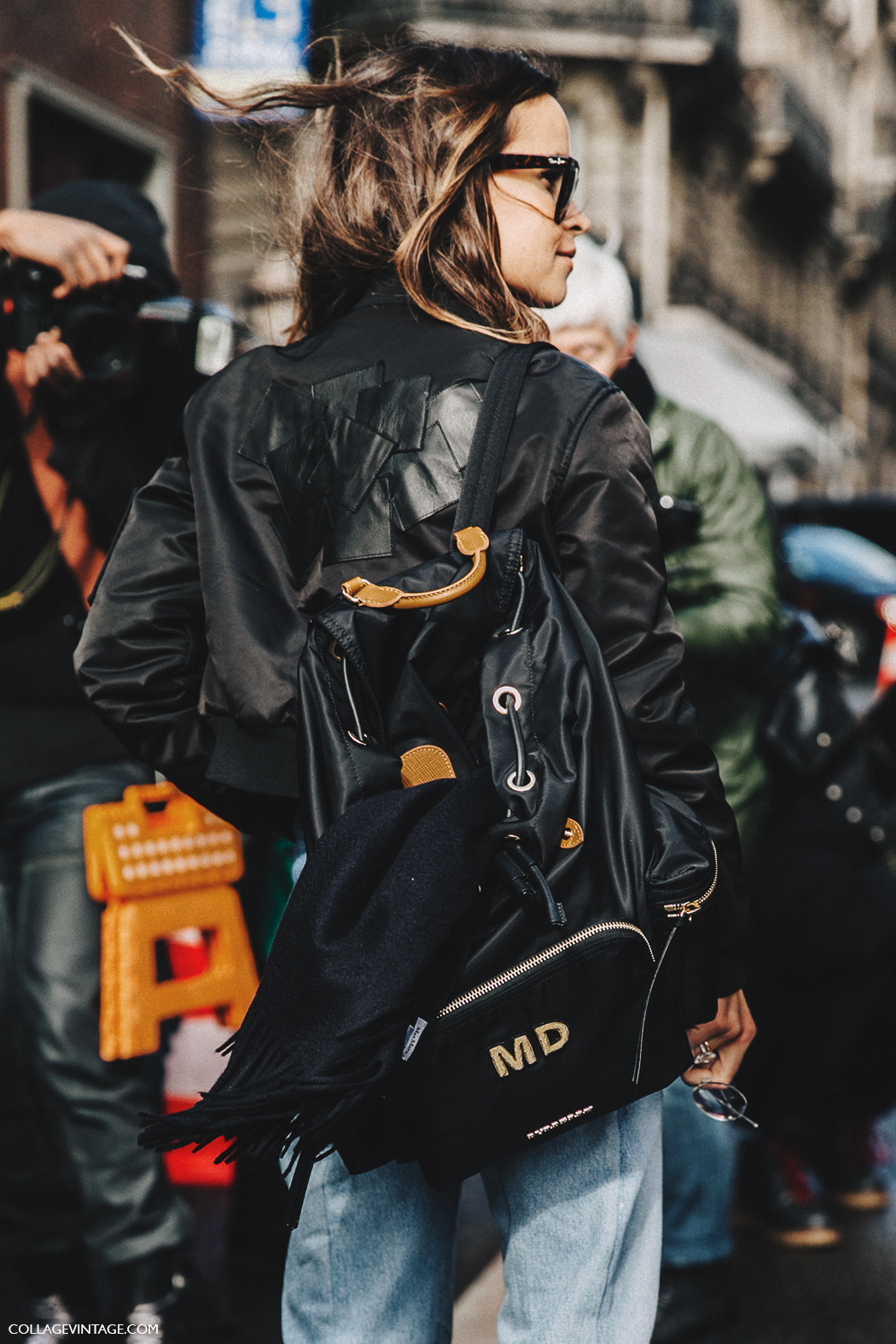 PFW-Paris_Fashion_Week_Fall_2016-Street_Style-Collage_Vintage-Miroslava_Duma-Vetements-Jeans-Backpack-Bomber-2