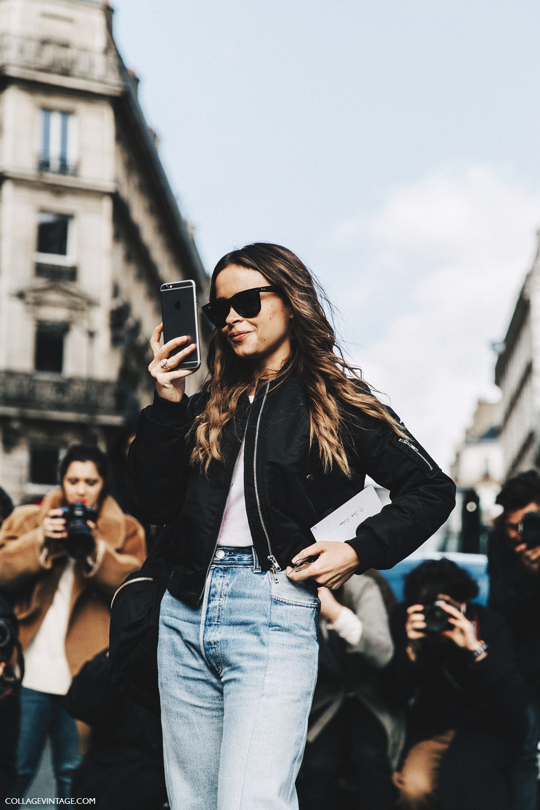 PFW-Paris_Fashion_Week_Fall_2016-Street_Style-Collage_Vintage-Miroslava_Duma-Vetements-Jeans-Backpack-Bomber-5