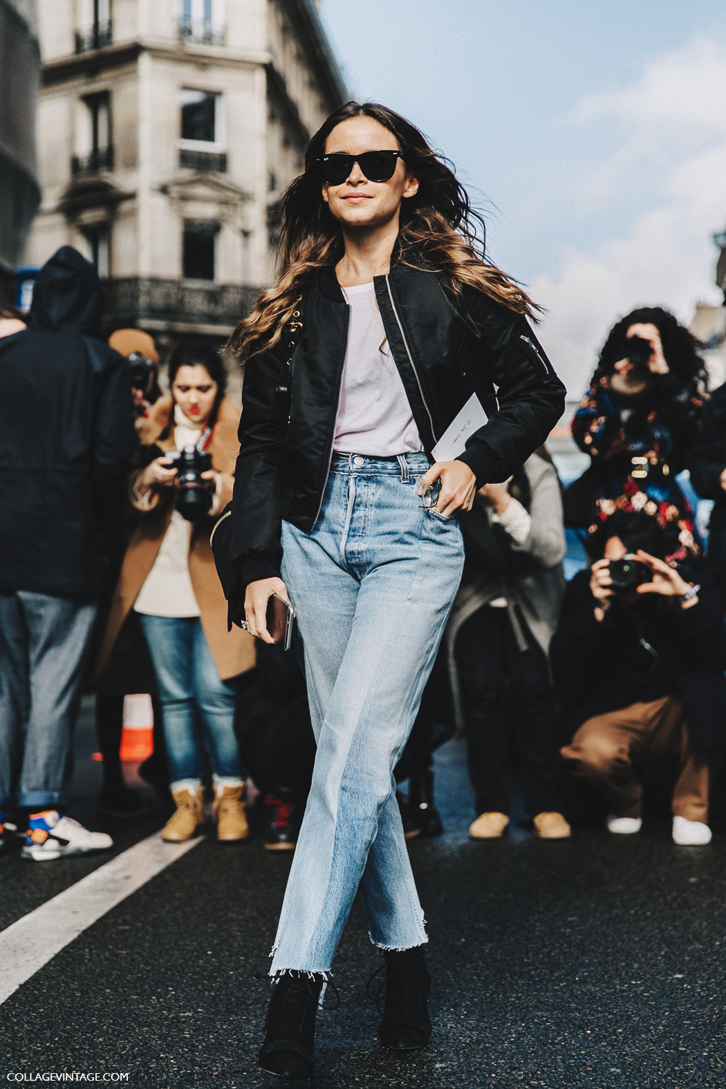 PFW-Paris_Fashion_Week_Fall_2016-Street_Style-Collage_Vintage-Miroslava_Duma-Vetements-Jeans-Backpack-Bomber-8
