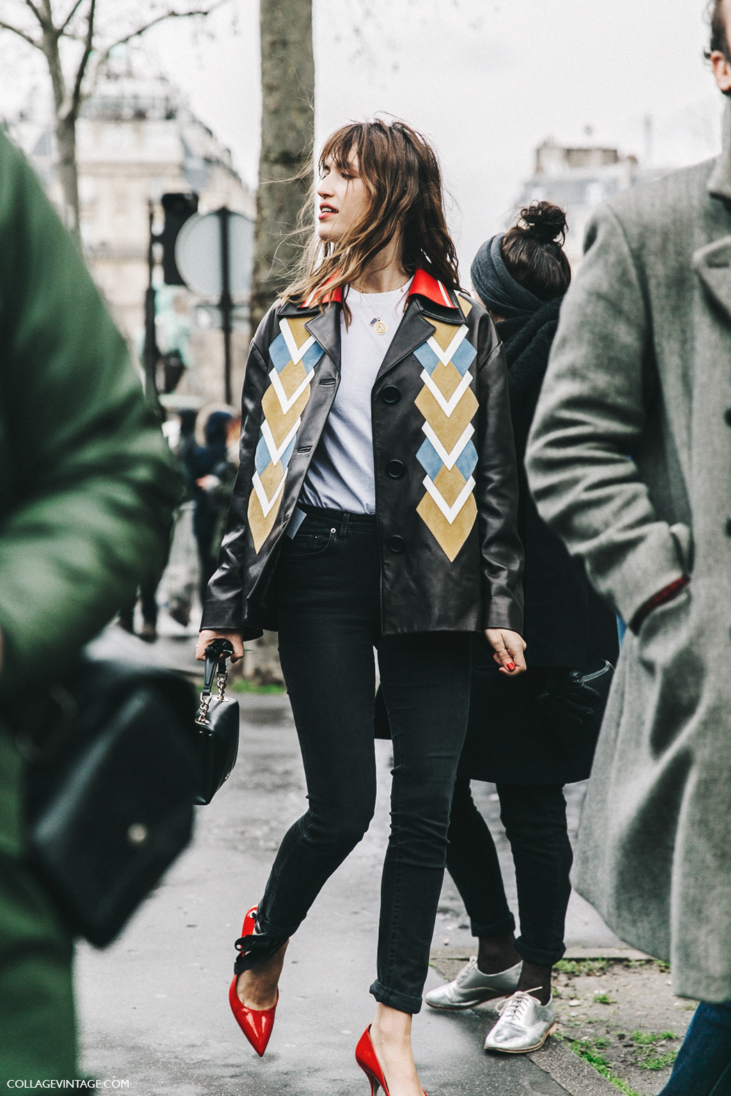 PFW-Paris_Fashion_Week_Fall_2016-Street_Style-Collage_Vintage-Miu_Miu-Jeanne_Damas-2