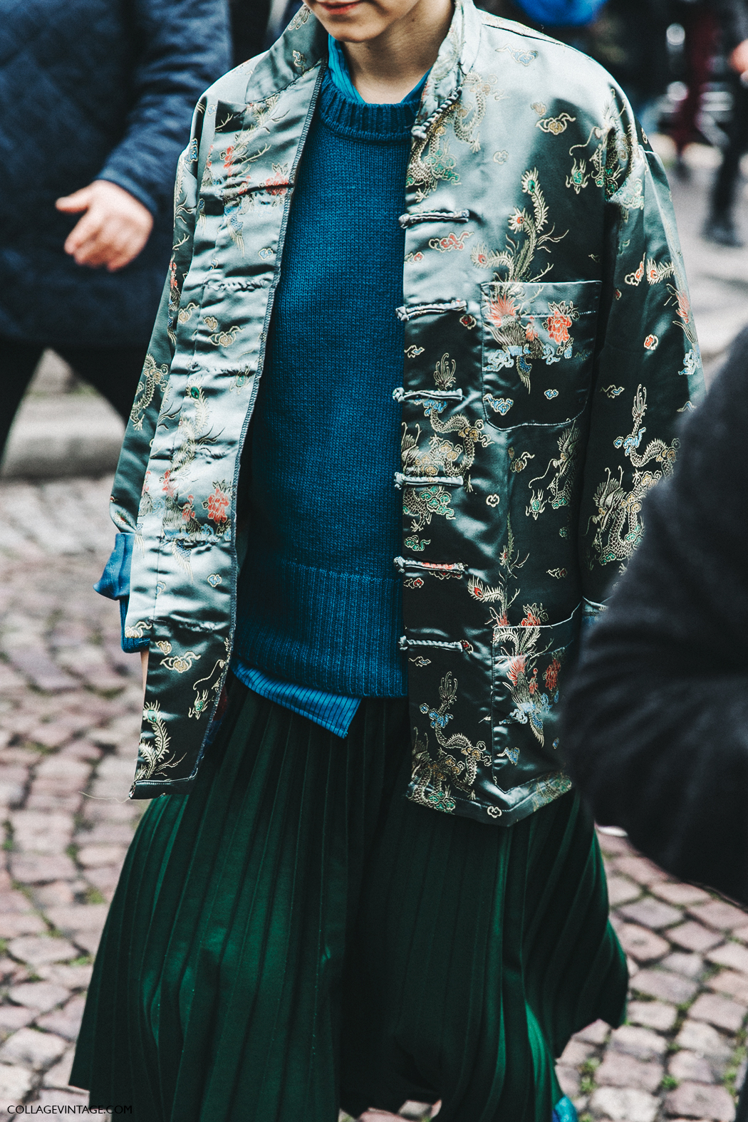 PFW-Paris_Fashion_Week_Fall_2016-Street_Style-Collage_Vintage-Miu_Miu-Kimono-Pleated_Skirt-Gucci-