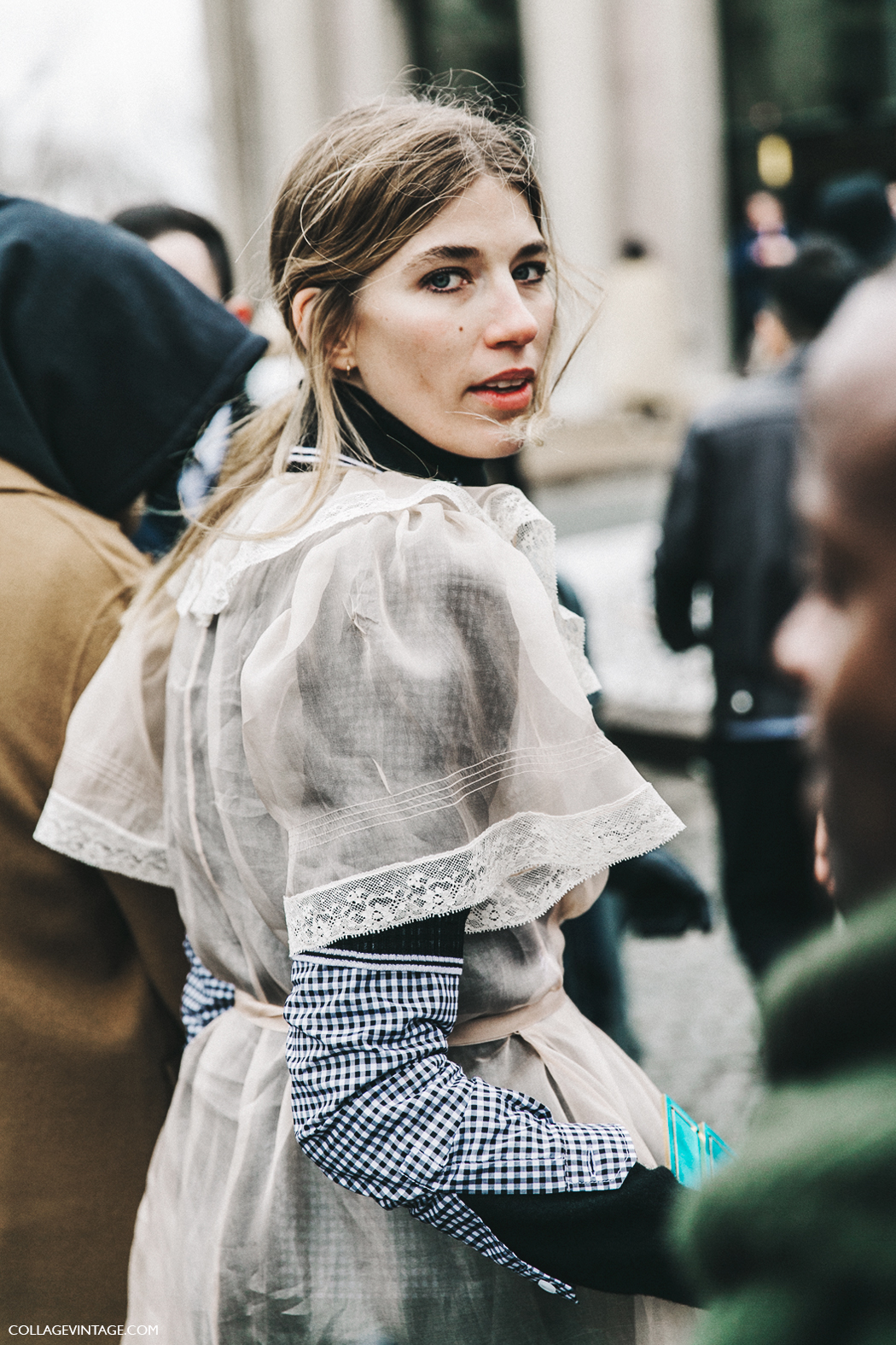 PFW-Paris_Fashion_Week_Fall_2016-Street_Style-Collage_Vintage-Miu_Miu-Veronika_Heilbrunner-Justin_Oshea-1