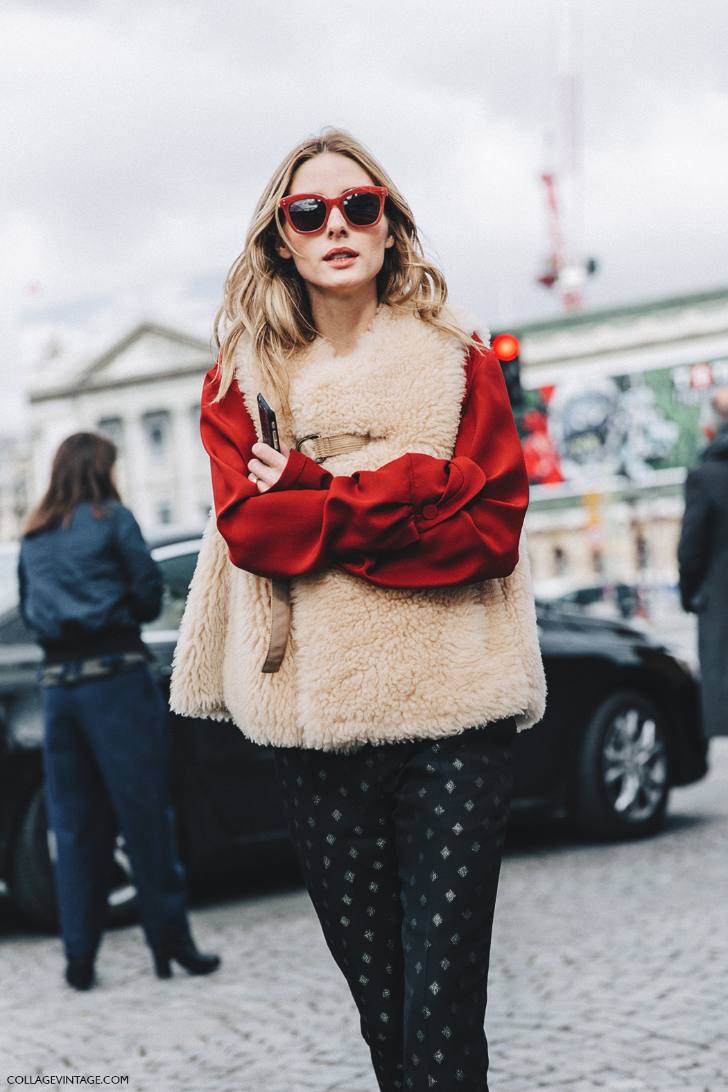PFW-Paris_Fashion_Week_Fall_2016-Street_Style-Collage_Vintage-Olivia_Palermo-Fur_Vest-Red_Blouse-Printed_Trousers-Chloe-5