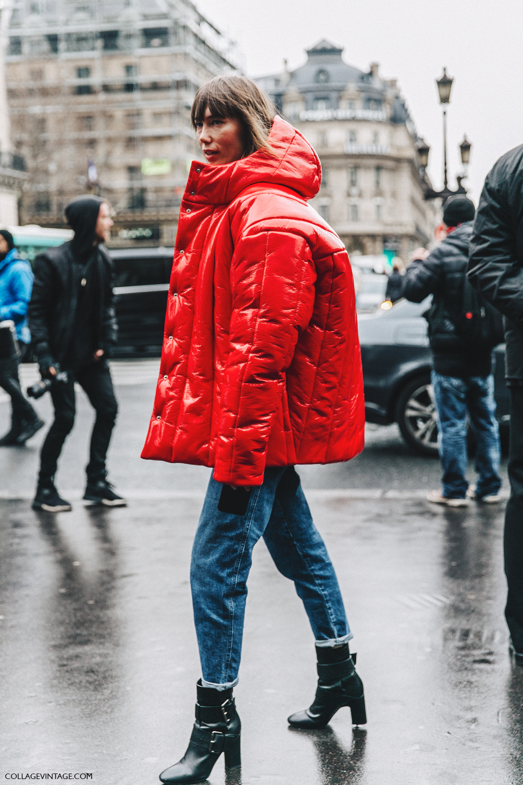 PFW-Paris_Fashion_Week_Fall_2016-Street_Style-Collage_Vintage-Stella_McCartney-Anya_Ziourova-Red_Coat-4