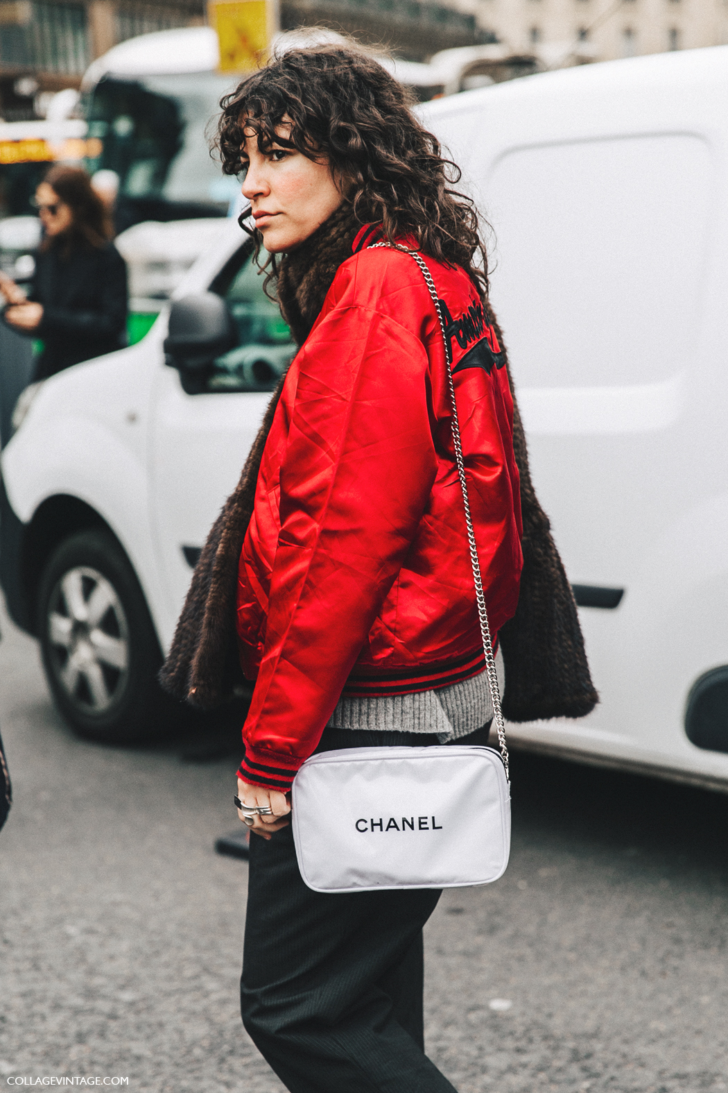 PFW-Paris_Fashion_Week_Fall_2016-Street_Style-Collage_Vintage-Stella_McCartney-Berta-Bomber-CHanel_Bag.-