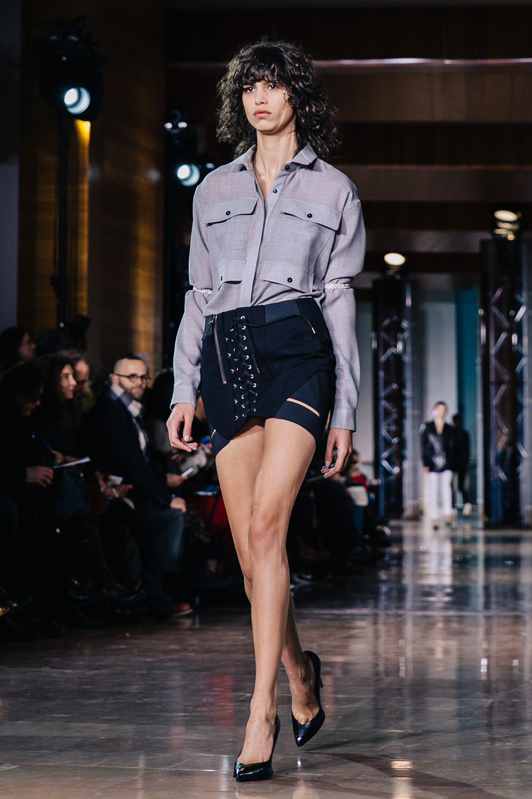 Paris_Fashion_Week-PFW-Anthony_Vaccarello_Fall_2016-Runway-2