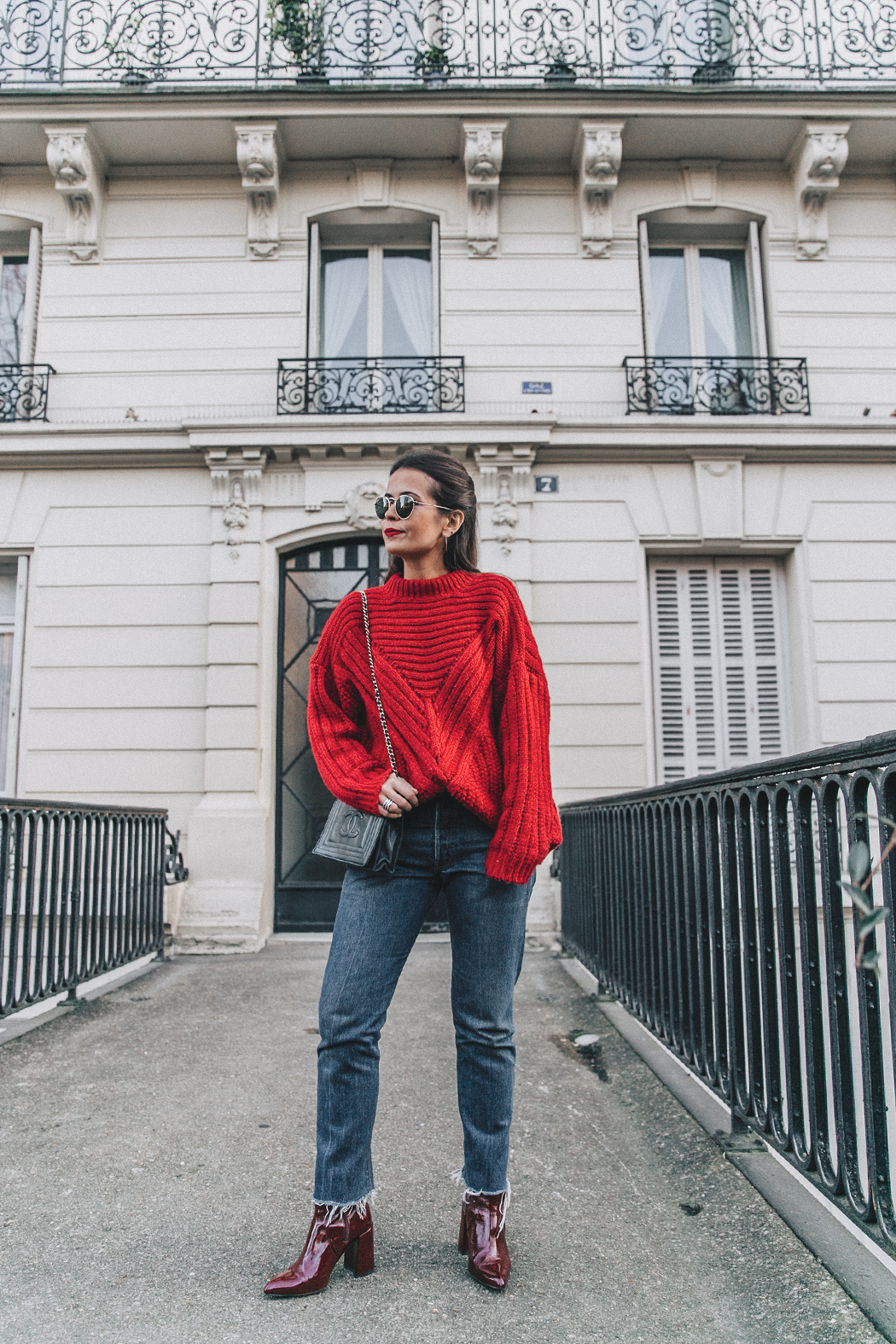 RED-KNITWEAR-Levis-Jeans-Red_Boots-Outfit-Street_Style-Levis_Vintage-11