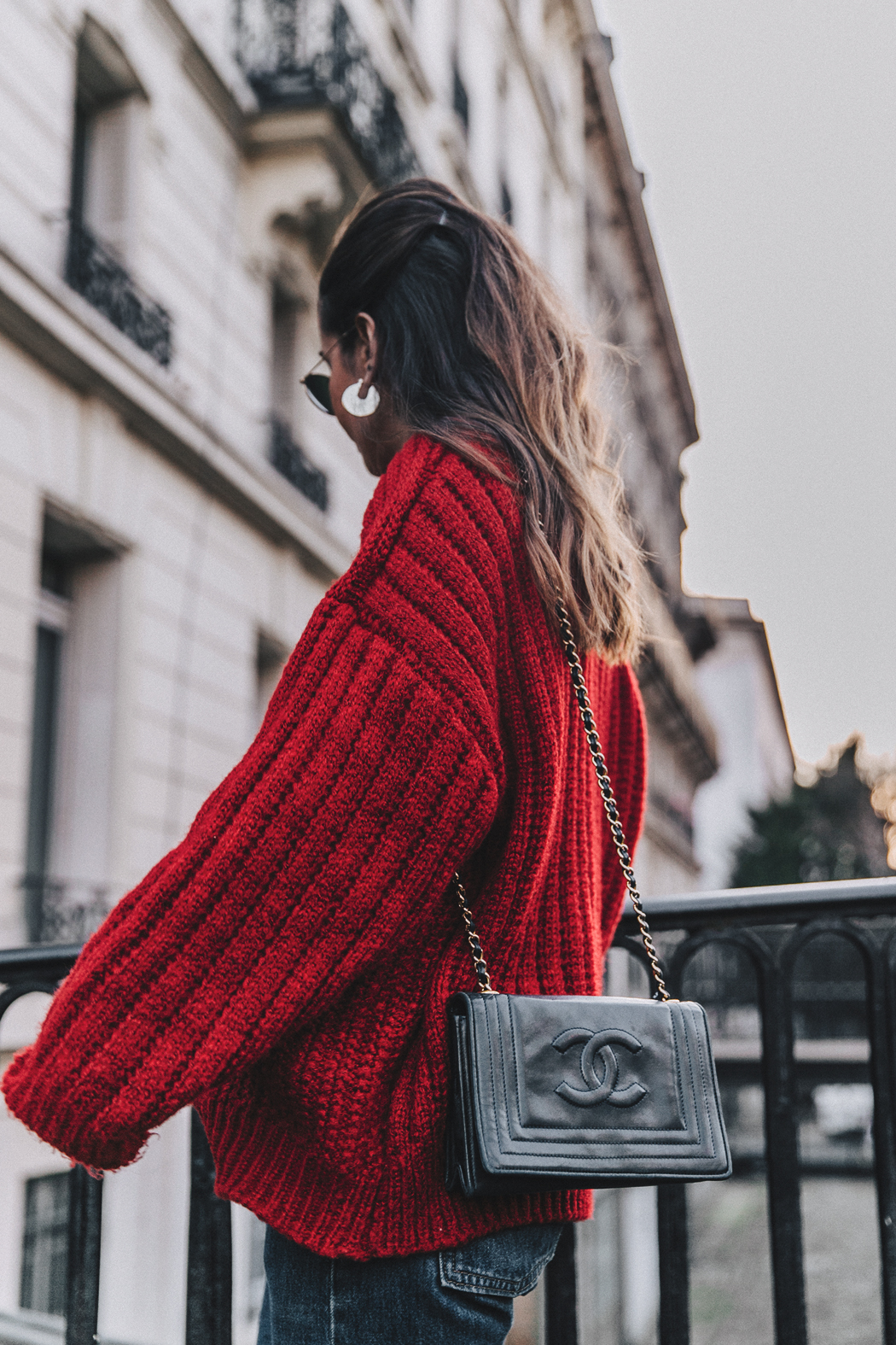 RED-KNITWEAR-Levis-Jeans-Red_Boots-Outfit-Street_Style-Levis_Vintage-23