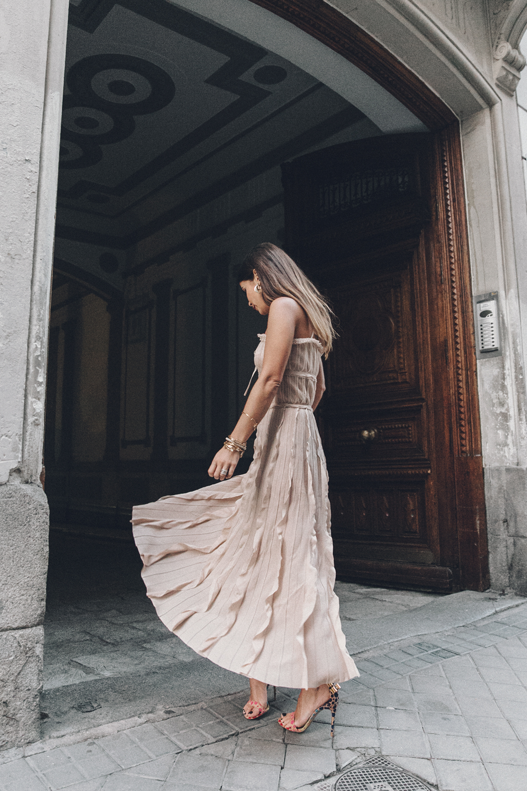 Salvatore_Ferragamo-Edgardo_Osorio_for_Ferragamo_Shoes_Collection-Nude_Dress-Dot_Sandals-Outfit-Collage_Vintage-