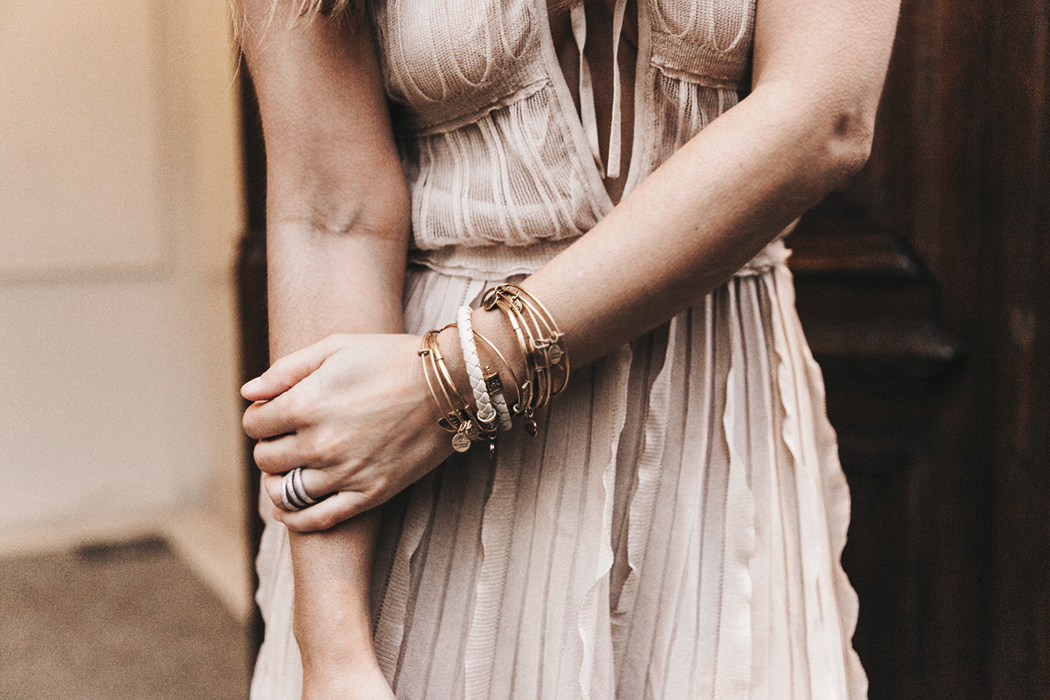 Salvatore_Ferragamo-Edgardo_Osorio_for_Ferragamo_Shoes_Collection-Nude_Dress-Dot_Sandals-Outfit-Collage_Vintage-49