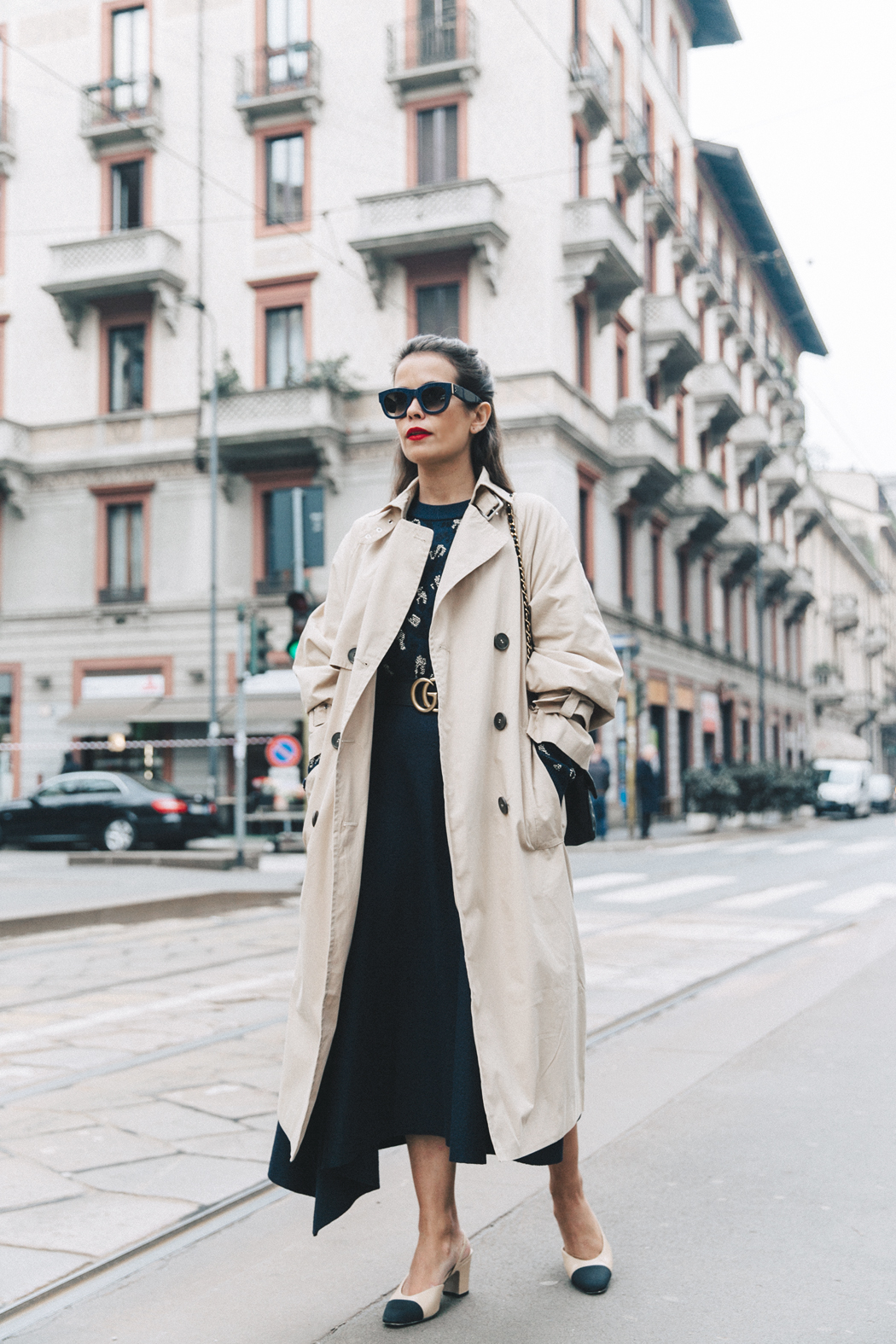 Trench_Edited-Leopard_Sweater-Midi_Skirt-Chanel_Slingback_Shoes-Chanel_Vintage_Bag-Ouftit_Streetstyle-1