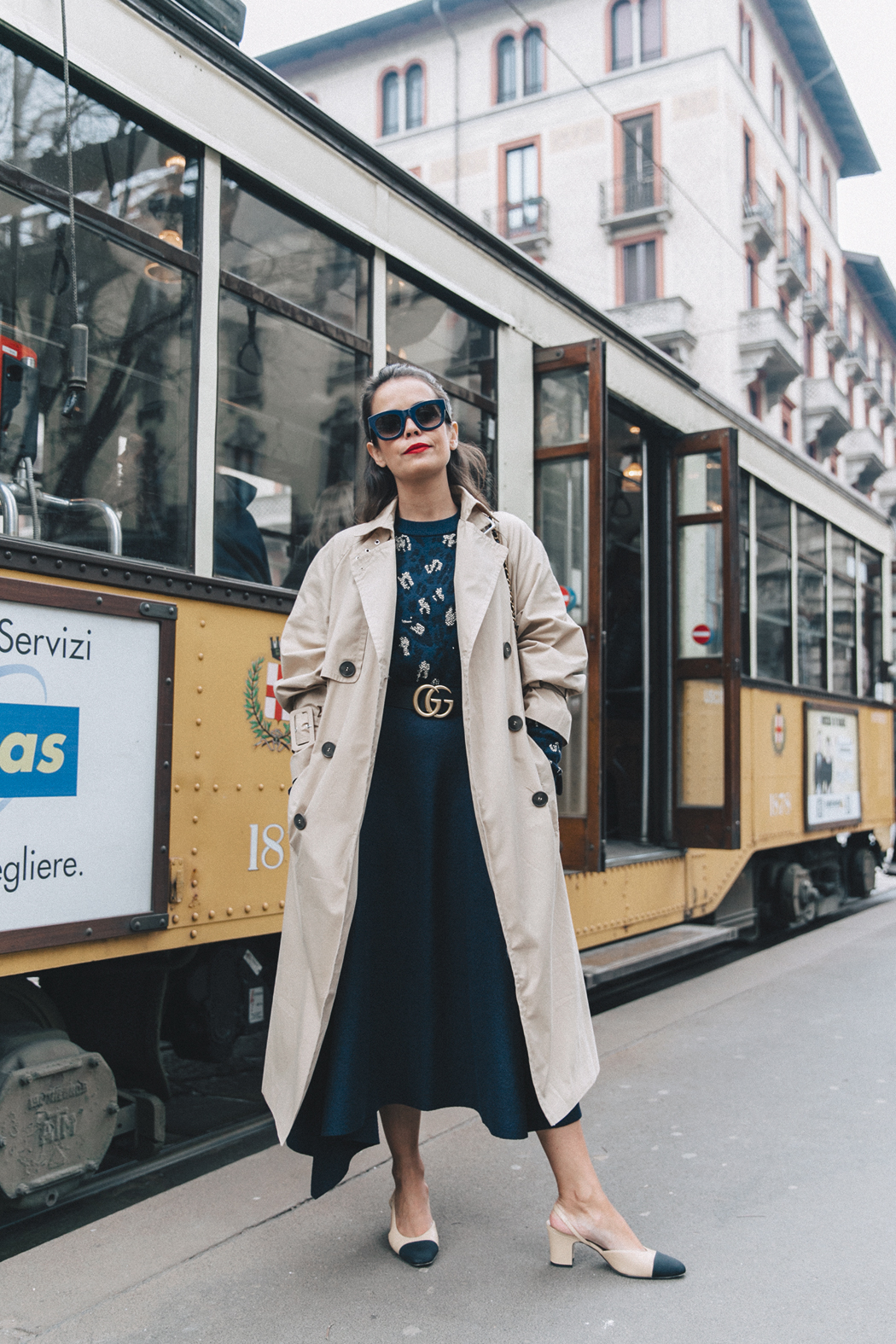 Trench_Edited-Leopard_Sweater-Midi_Skirt-Chanel_Slingback_Shoes-Chanel_Vintage_Bag-Ouftit_Streetstyle-44