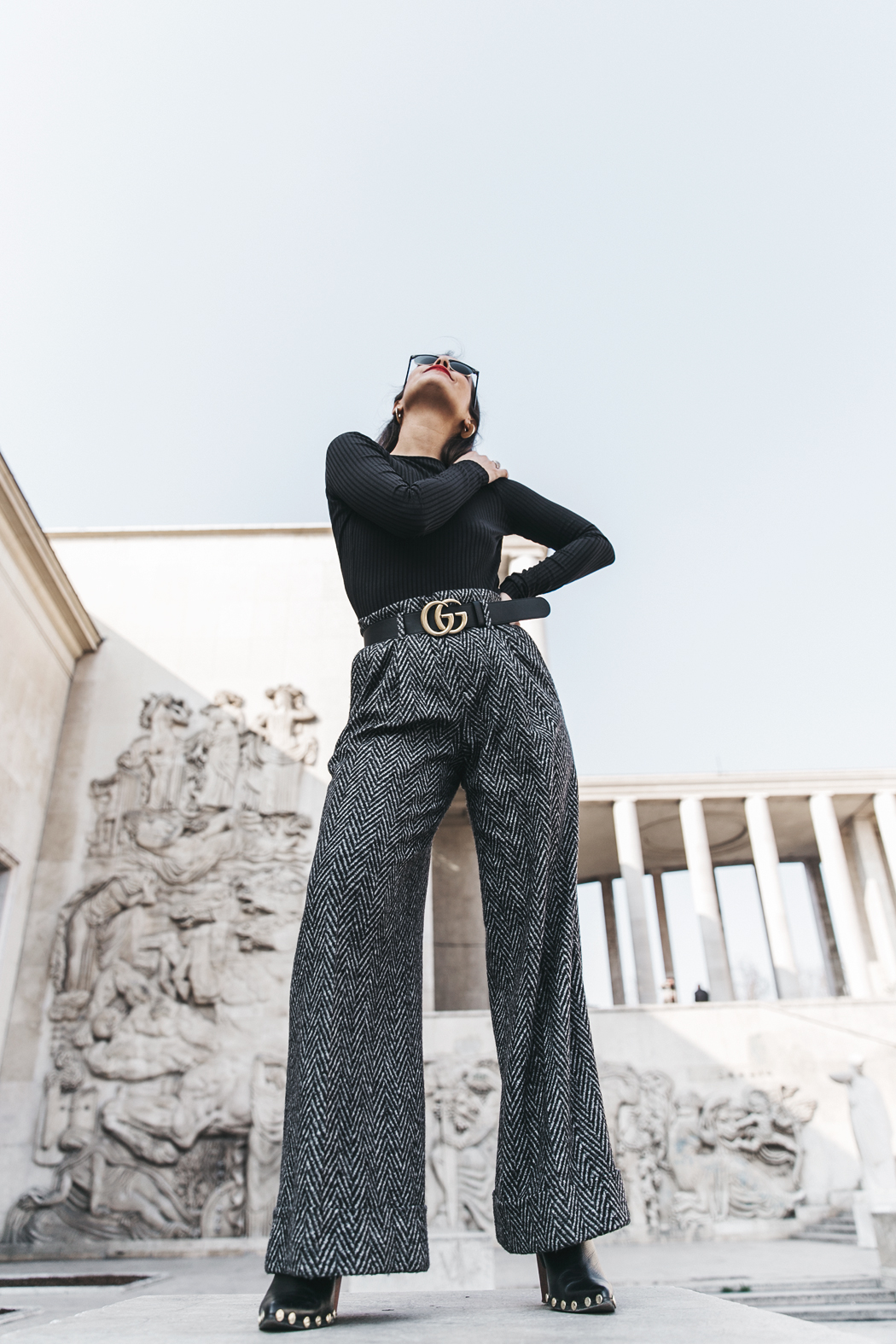 Black_Body-Leather_Jacket-Celine_boots-Gucci_Belt-Wide_Leg_Trousers-Street_Style-32