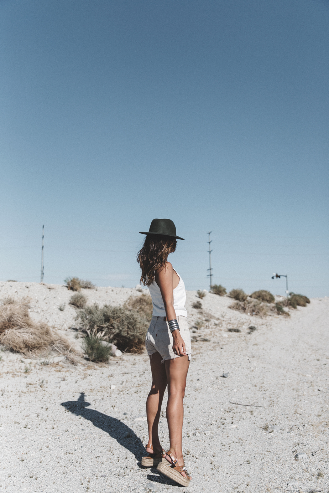 Calvin_Klein-White_Series_Collection-Shorts-Desert-Palm_Springs-Outfit-12