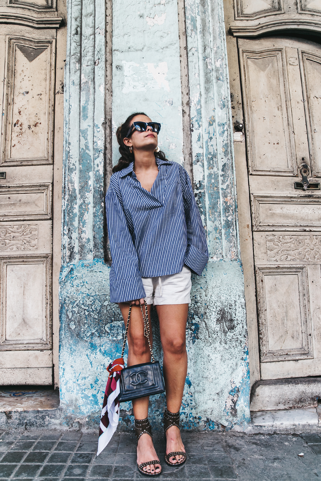 Cuba_La_habana-Striped_Blouse-Isabel_Marant_Shoes-Vintage_Chanel-Outfit-StreetStyle-2