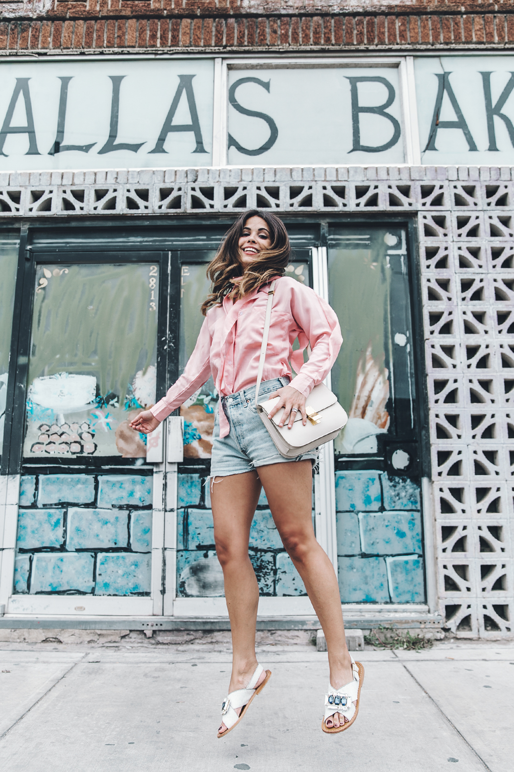 Goodnight_Macaroon-Levis_VIntage-Checked_Blouse-Pink_Shirt-Red_Heels-Marni_Sandals-Dallas-101