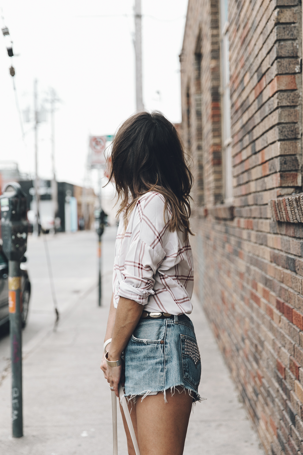 Goodnight_Macaroon-Levis_VIntage-Checked_Blouse-Pink_Shirt-Red_Heels-Marni_Sandals-Dallas-24