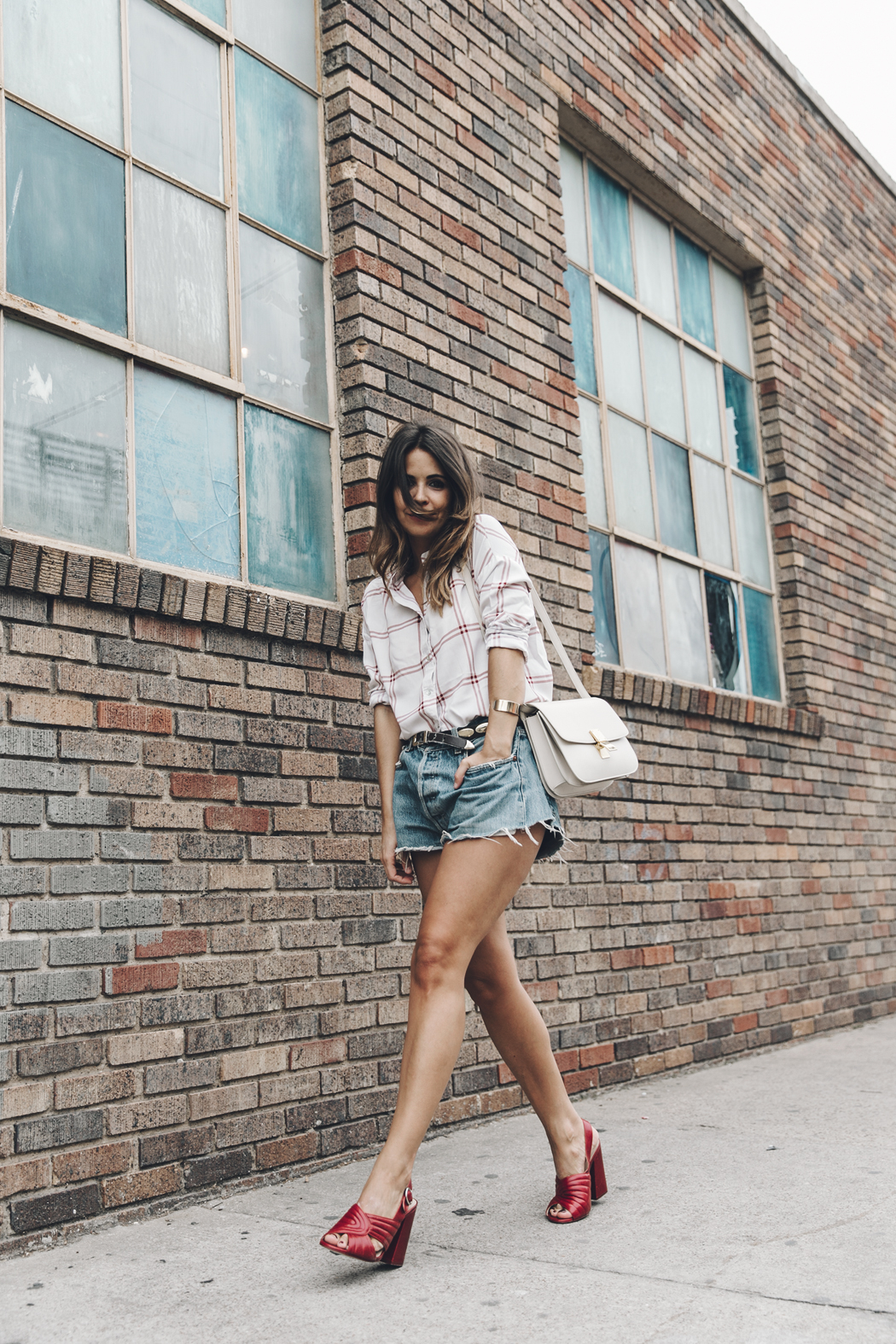 Goodnight_Macaroon-Levis_VIntage-Checked_Blouse-Pink_Shirt-Red_Heels-Marni_Sandals-Dallas-8