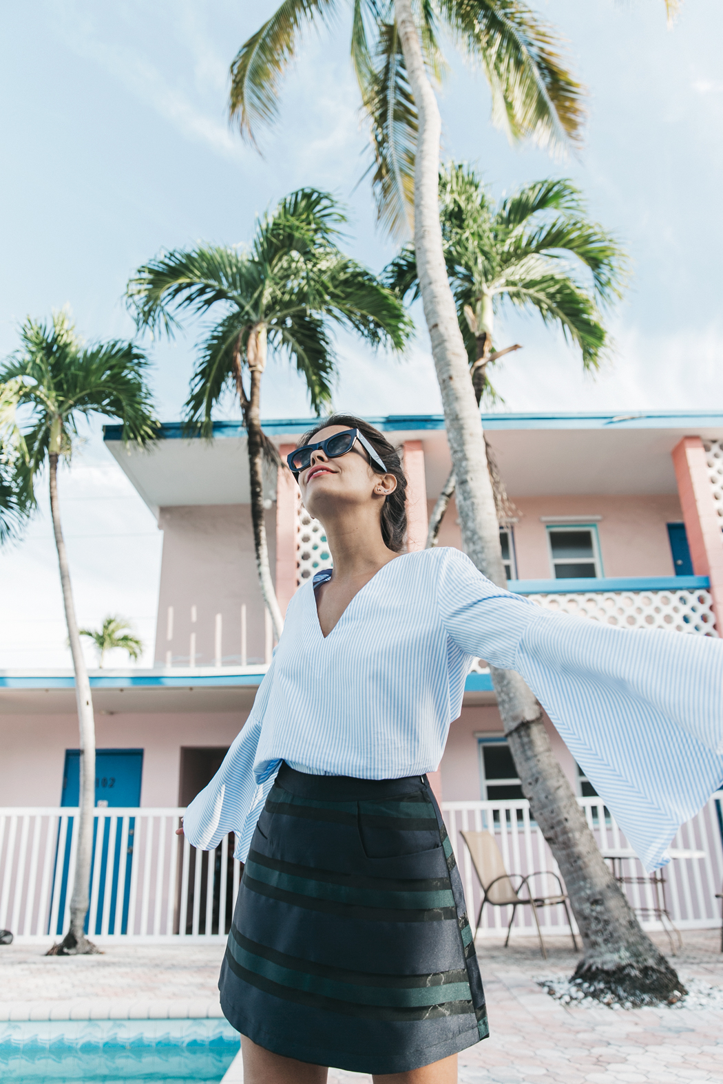 Miami-Striped_Top-Striped_Skirt-Chanel_SlingBack_Shoes-Outfit-Celine_Sunglasses-Isla_Morada-Street_Style-55