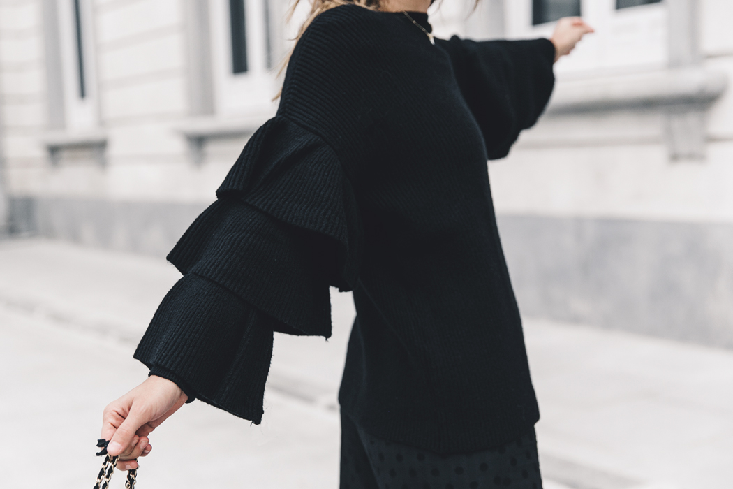 Ruffled_Sleeves_Jumper-Black_Culottes-Dune_Sandals-Beaded_Bag-Outfit-Collage_Vintage-Street_Style-50
