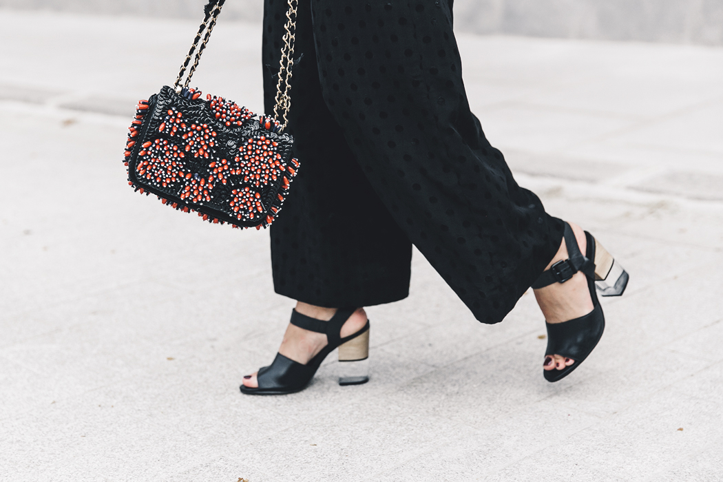Ruffled_Sleeves_Jumper-Black_Culottes-Dune_Sandals-Beaded_Bag-Outfit-Collage_Vintage-Street_Style-53