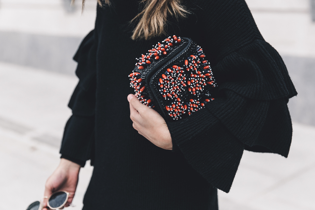 Ruffled_Sleeves_Jumper-Black_Culottes-Dune_Sandals-Beaded_Bag-Outfit-Collage_Vintage-Street_Style-55