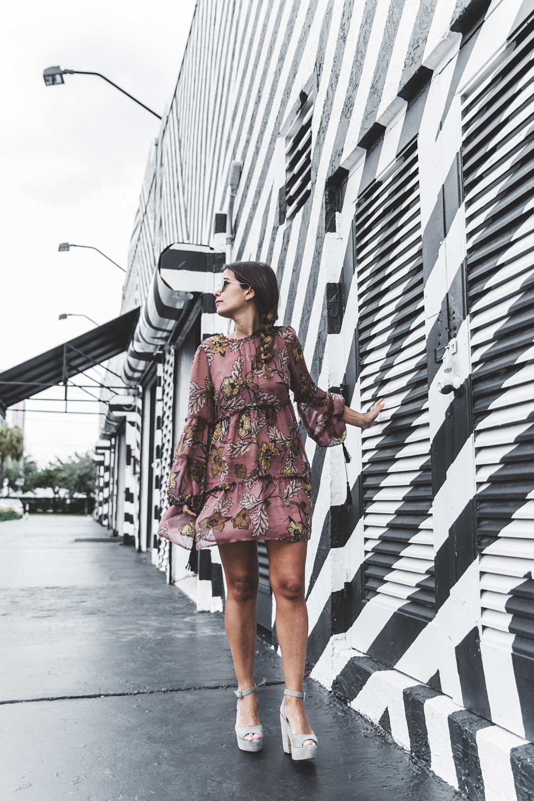Wynwood-Miami-Black_And_White_Stripes_Wall-For_Love_And_Lemons_Dress-Floral_Print-Wedges-Outfit-22