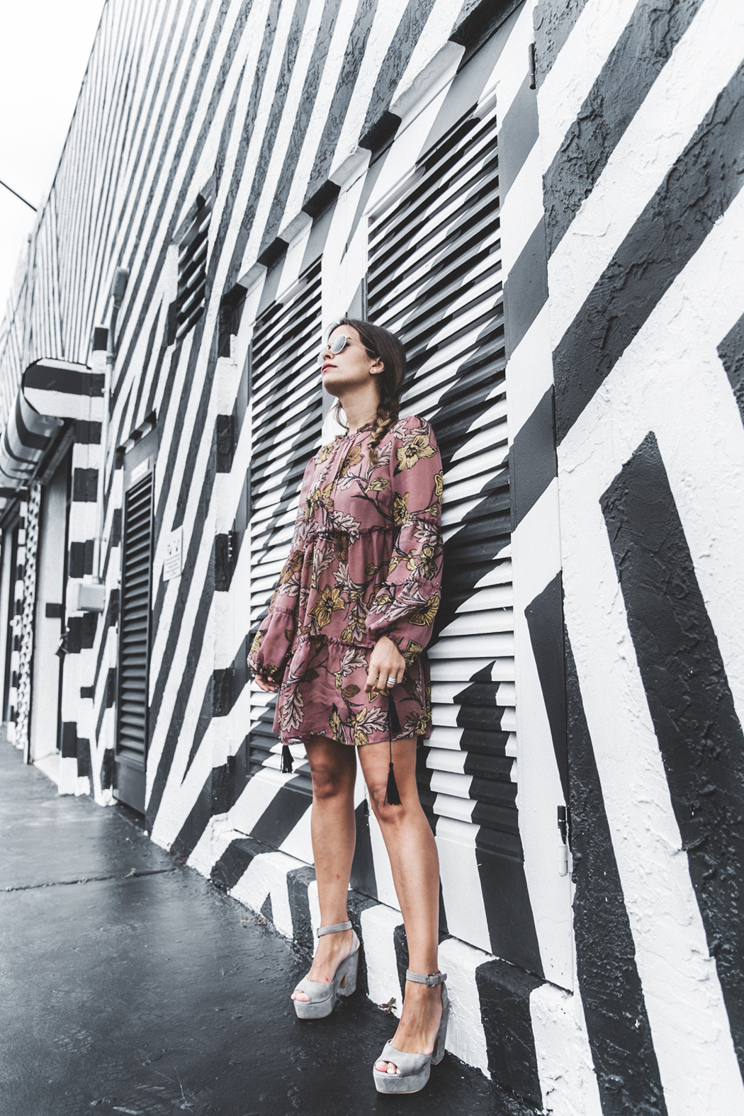 Wynwood-Miami-Black_And_White_Stripes_Wall-For_Love_And_Lemons_Dress-Floral_Print-Wedges-Outfit-23