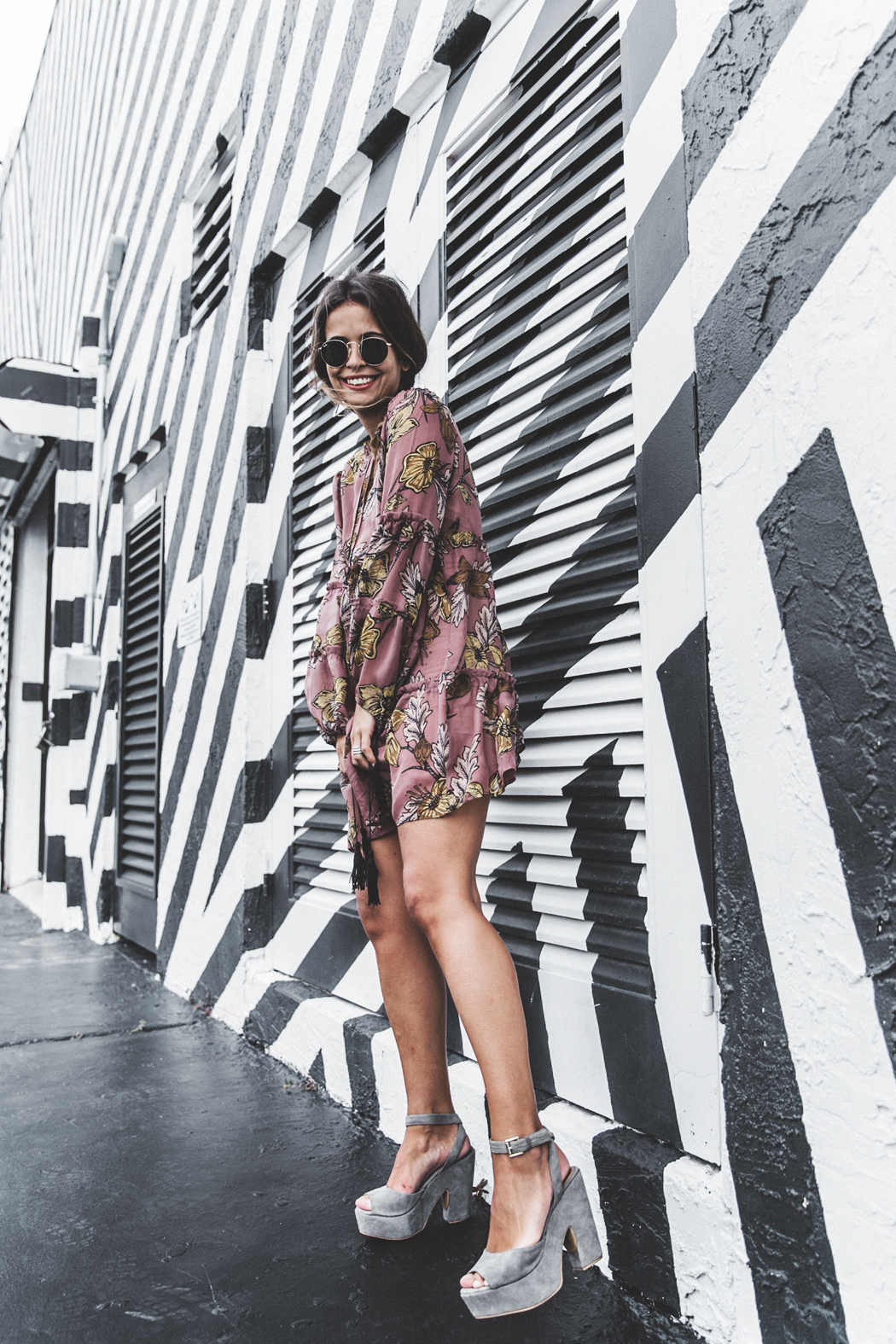 Wynwood-Miami-Black_And_White_Stripes_Wall-For_Love_And_Lemons_Dress-Floral_Print-Wedges-Outfit-26