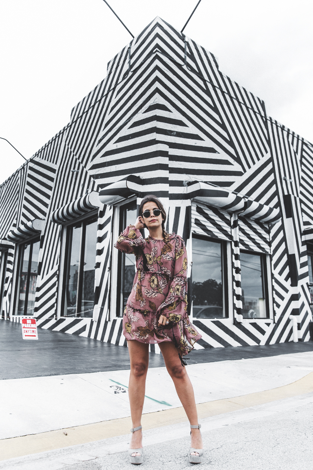 Wynwood-Miami-Black_And_White_Stripes_Wall-For_Love_And_Lemons_Dress-Floral_Print-Wedges-Outfit-32