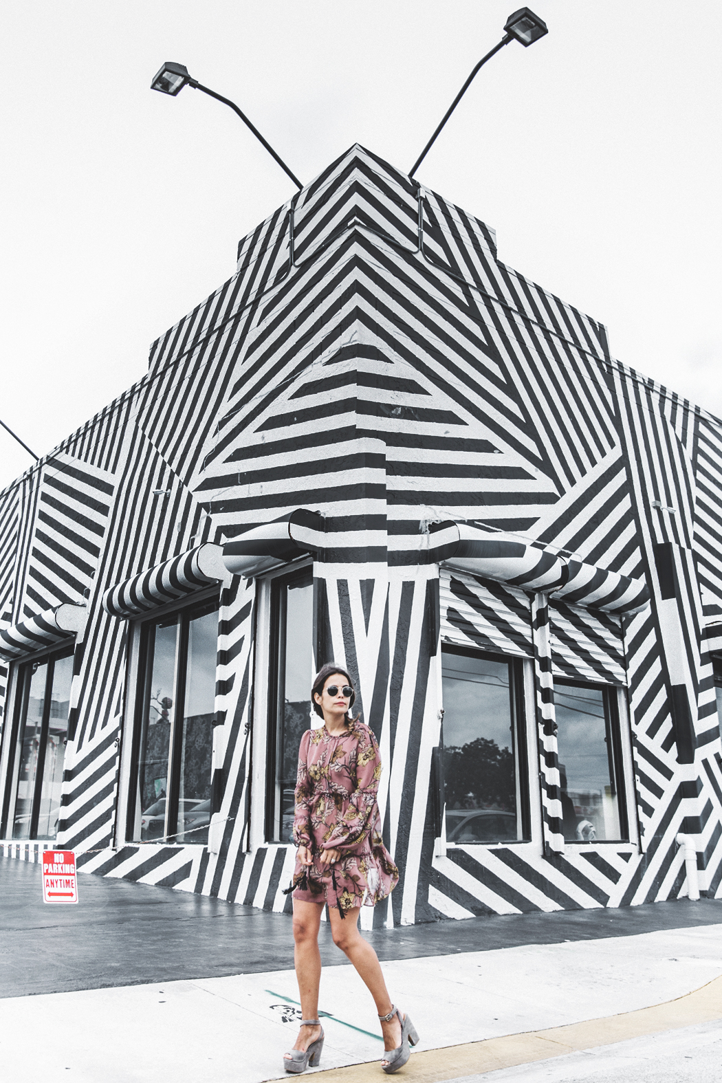 Wynwood-Miami-Black_And_White_Stripes_Wall-For_Love_And_Lemons_Dress-Floral_Print-Wedges-Outfit-35