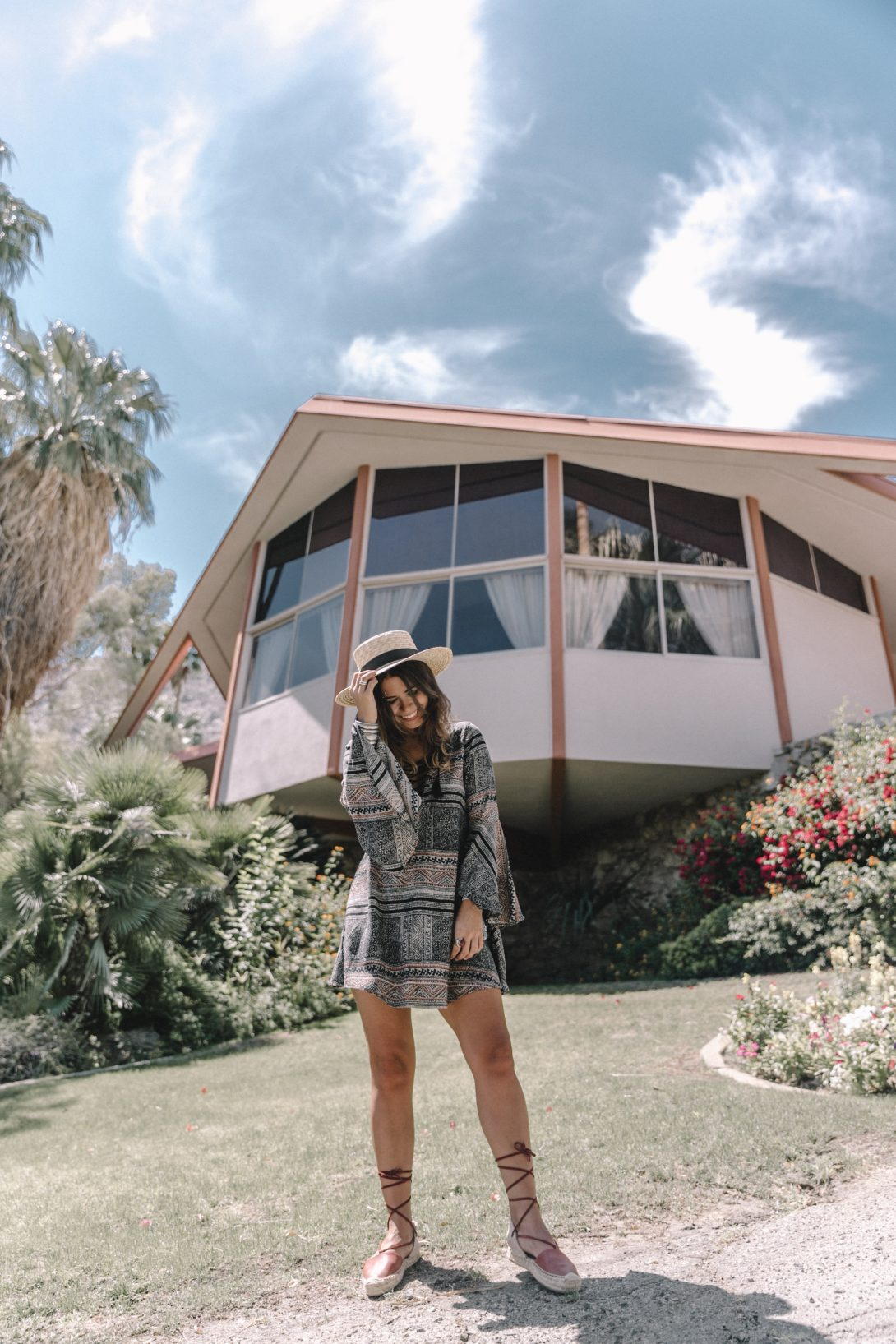 Boho_Dress-Lace_Up_Dress-Lack_of_Color-Revolve_Clothing-Straw_Hat-Soludos_Espadrilles-Palm_Springs-Outfit-Collage_Vintage-30