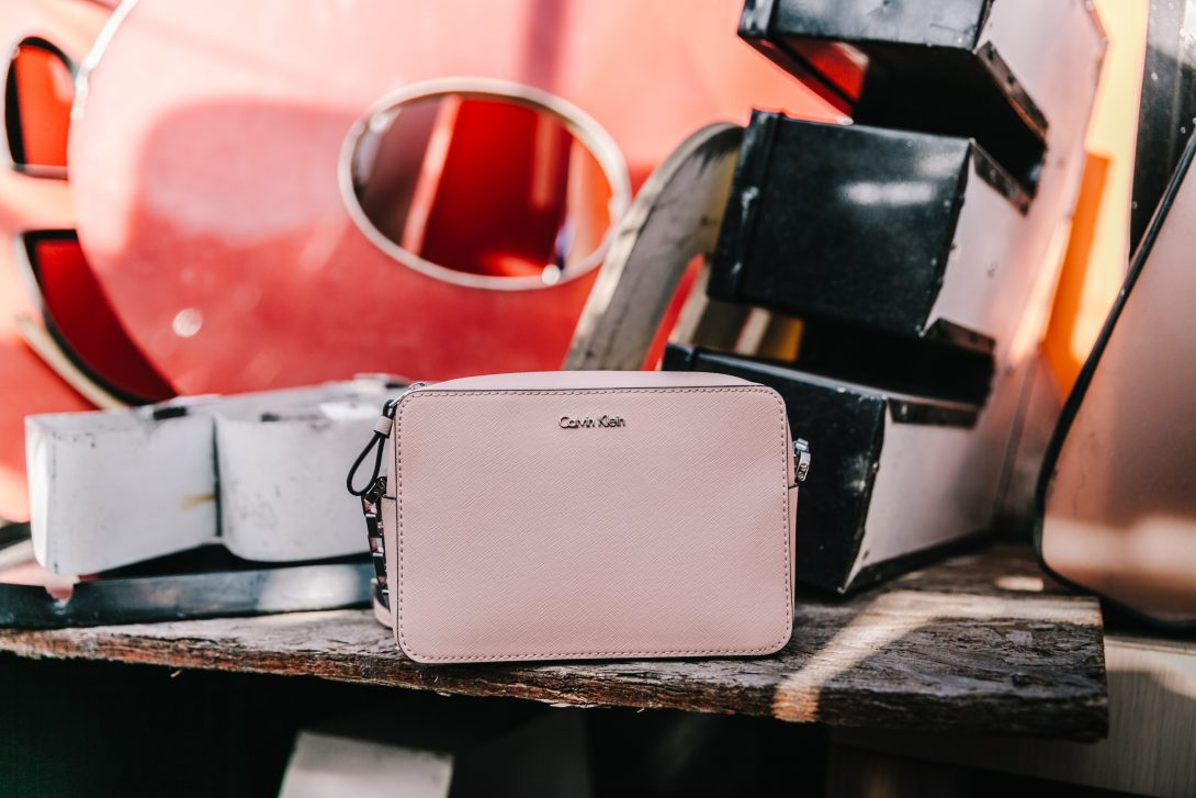 Calvin_Klein-Denim_Skirt-CK_Collection-Los_Angeles-Nick_Metropolis-Saint_Laurent_Sneakers-Pink_Bag-Outfit-Collage_Vintage--23