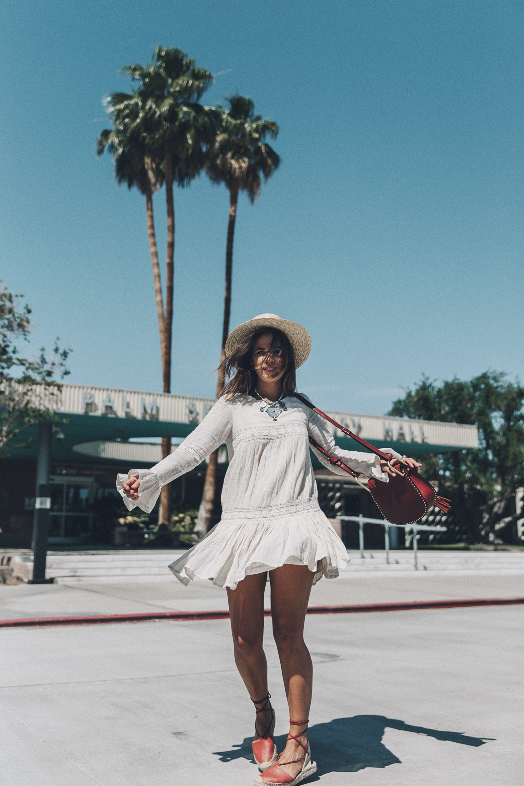 Coachella_2016-Revolve_Clothing-Tula_Rosa_Dress-Boho_Dress-Festival_Outfit-Straw_Hat-Soludos_Espadrilles-Collage_Vintage-18