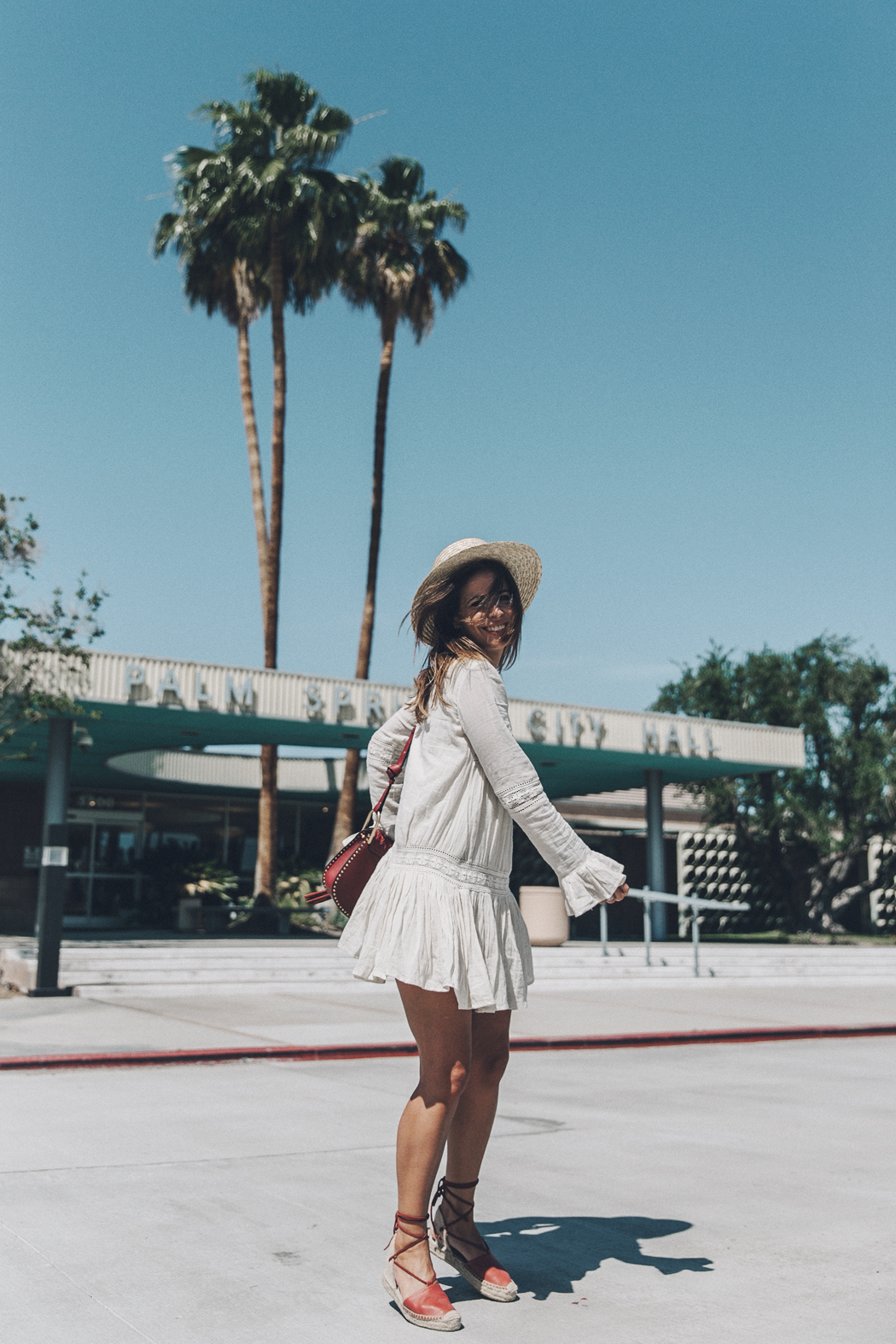 Coachella_2016-Revolve_Clothing-Tula_Rosa_Dress-Boho_Dress-Festival_Outfit-Straw_Hat-Soludos_Espadrilles-Collage_Vintage-19