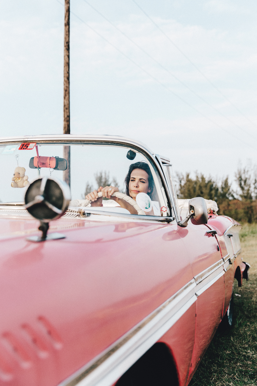 Cuba-Varadero-Vintage_Car-Silver_Dress-Floral_Scarf-Isabel_Marant_Sandals-Outfit-COllage_On_The_Road-