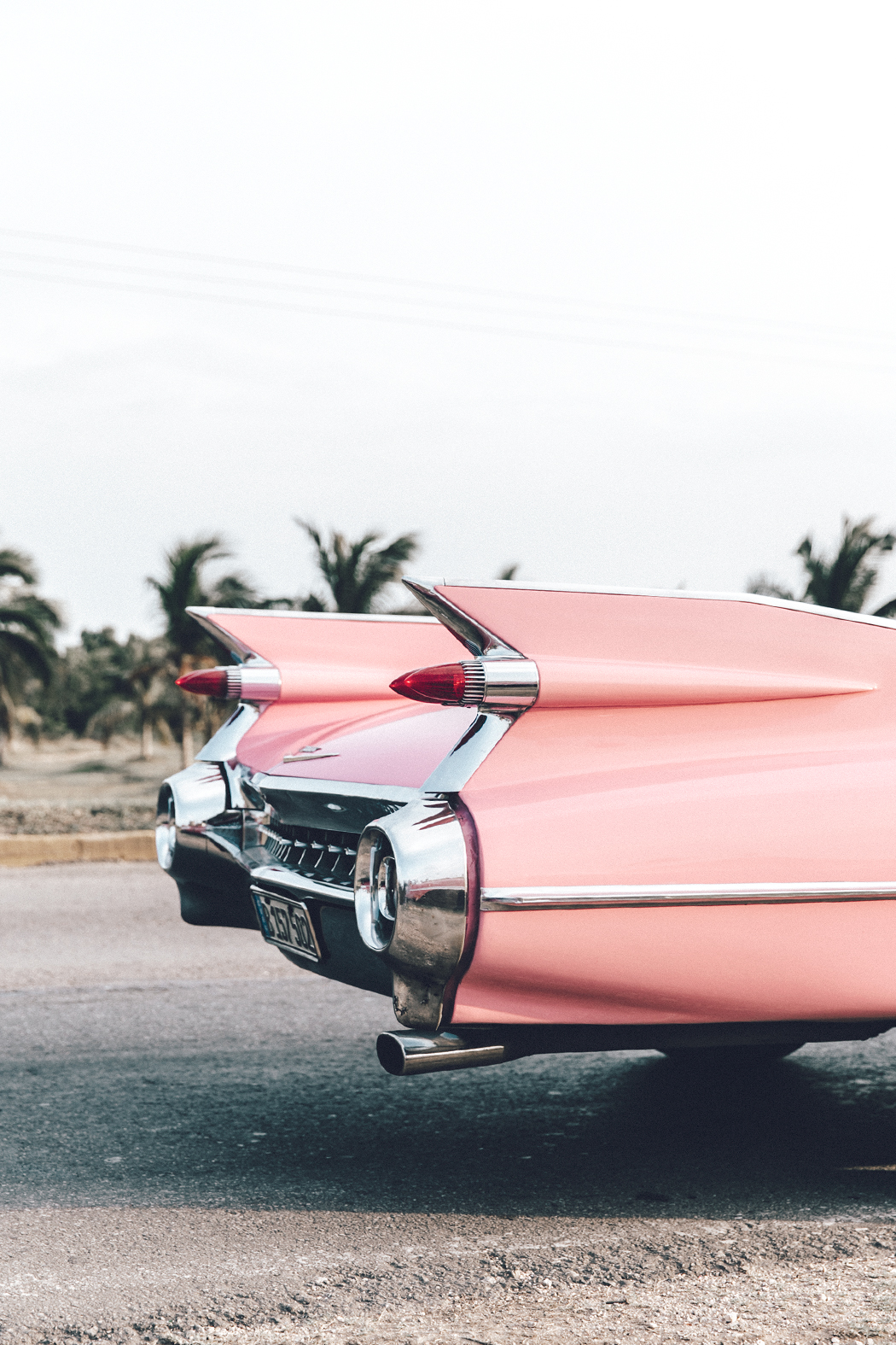 Cuba-Varadero-Vintage_Car-Silver_Dress-Floral_Scarf-Isabel_Marant_Sandals-Outfit-COllage_On_The_Road-10